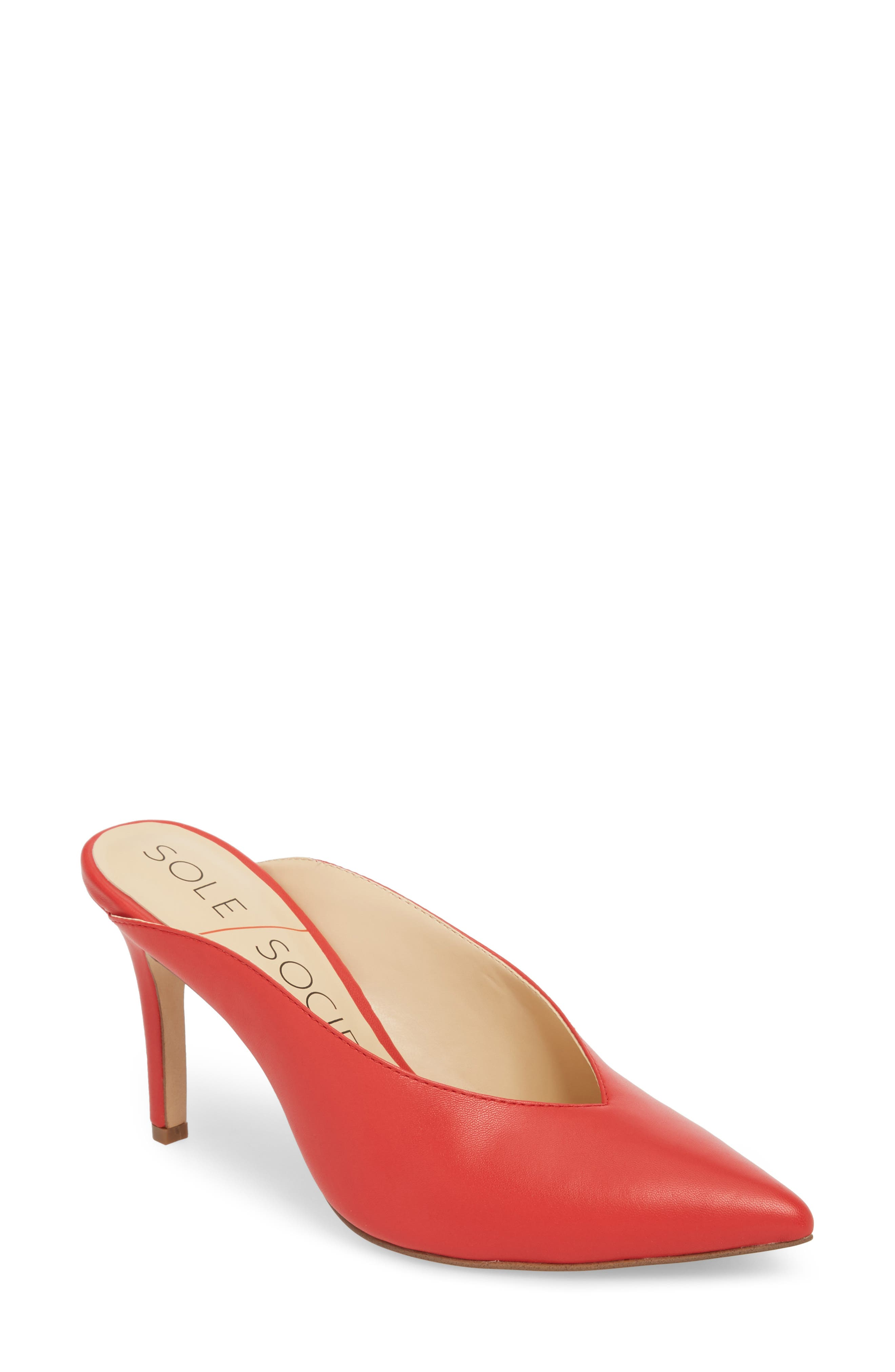 Bethenia Mule,                         Main,                         color, Red