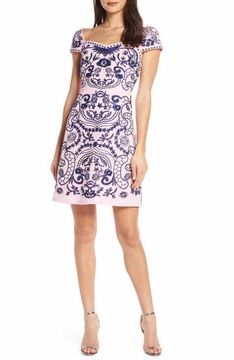 07577e830b7 Foxiedox Jeana Embroidered Sheath Dress