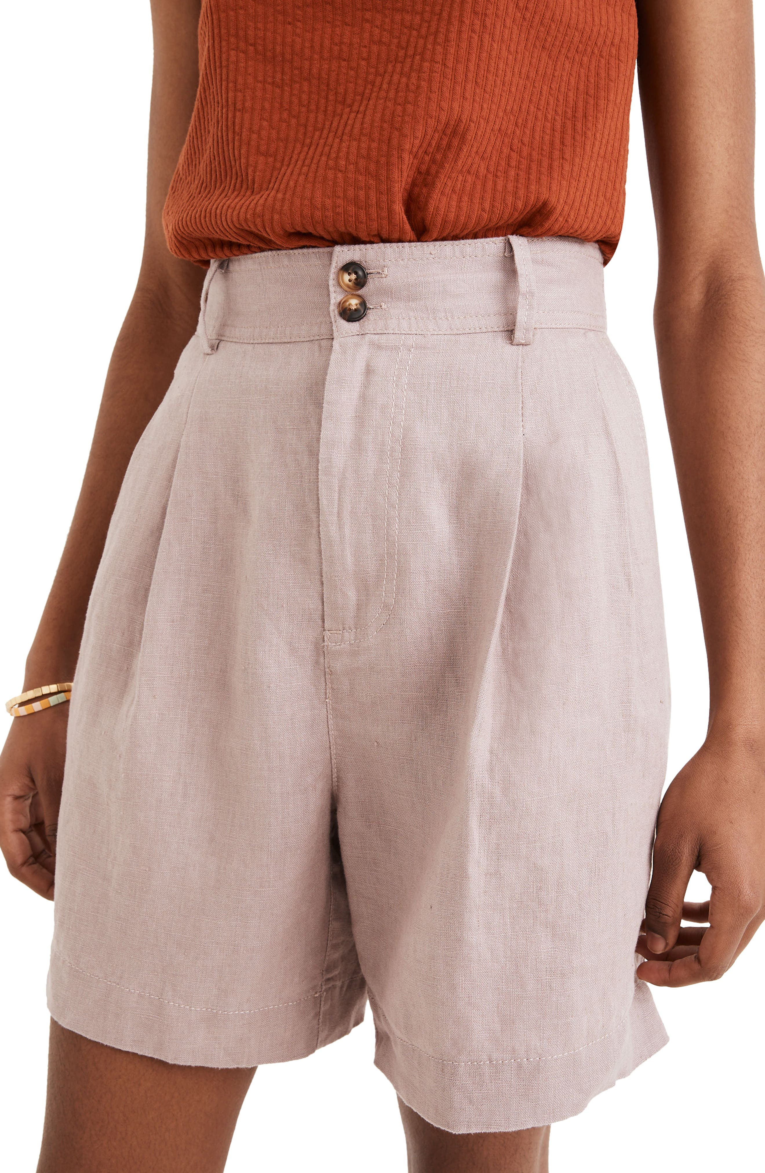 Linen black shorts for women with pockets and high waist.Black linen shorts.Linen shorts.Women linen shorts.Women shorts