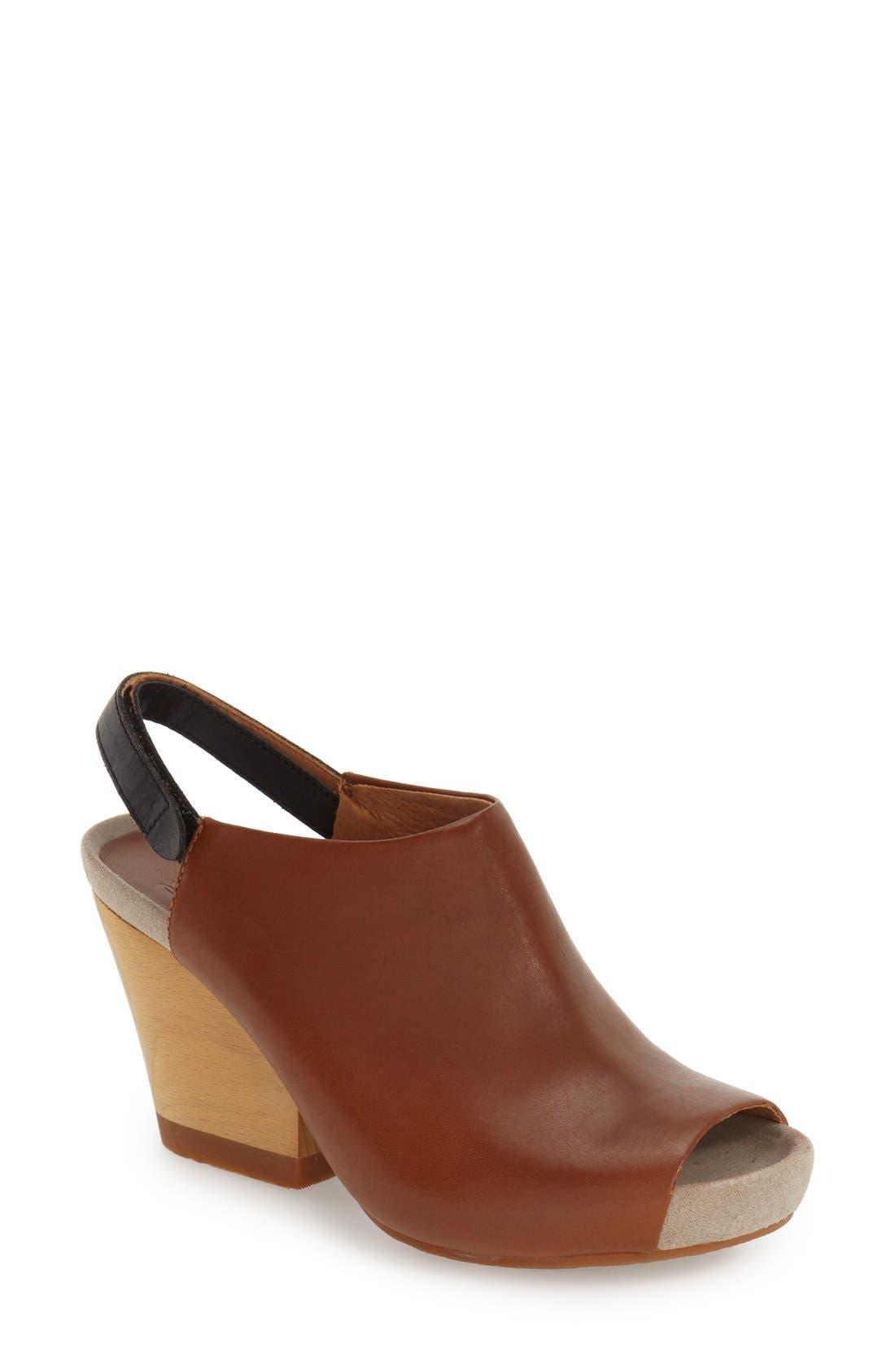 Main Image - Camper 'Allegra' Sandal