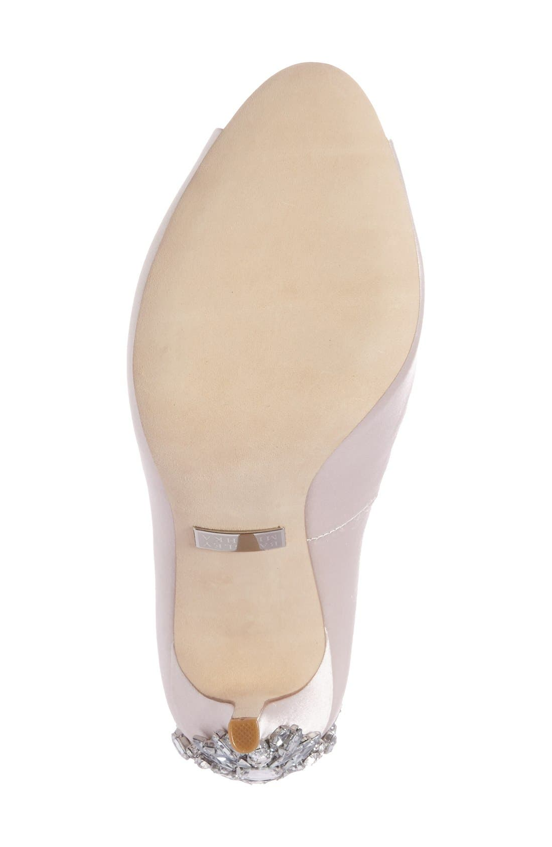 Alternate Image 4  - Badgley Mischka 'Nilla' Peep Toe Pump (Women)