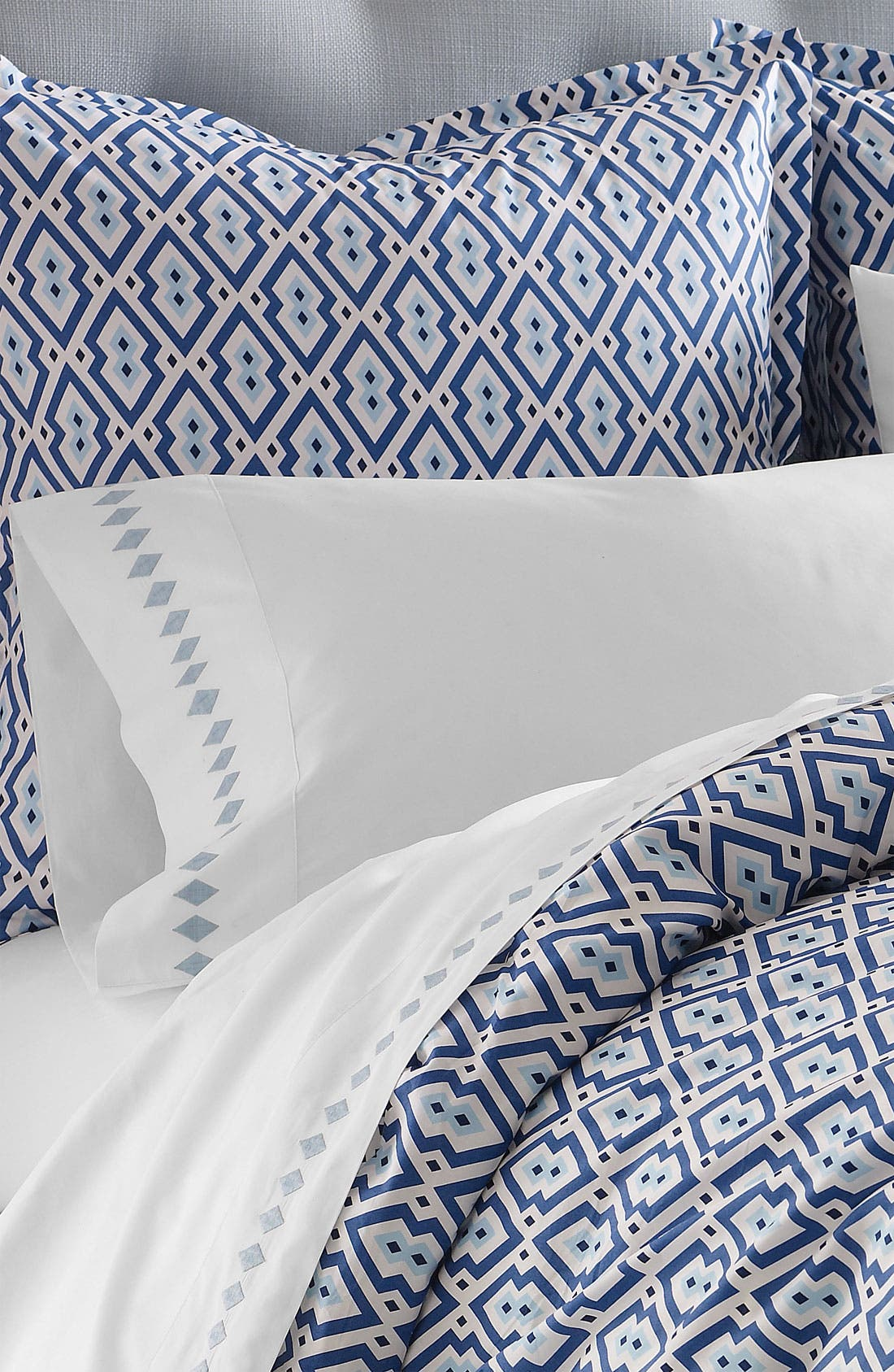 Alternate Image 1 Selected - Jonathan Adler 400 Thread Count Embroidered Pillowcase