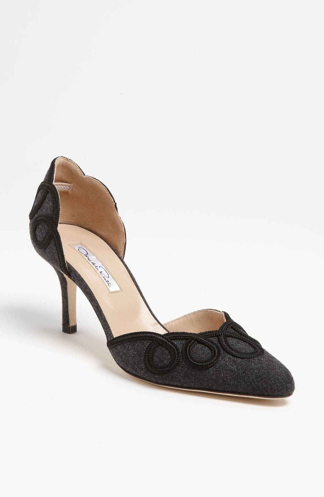 Alternate Image 1 Selected - Oscar de la Renta 'Brenda' Pump