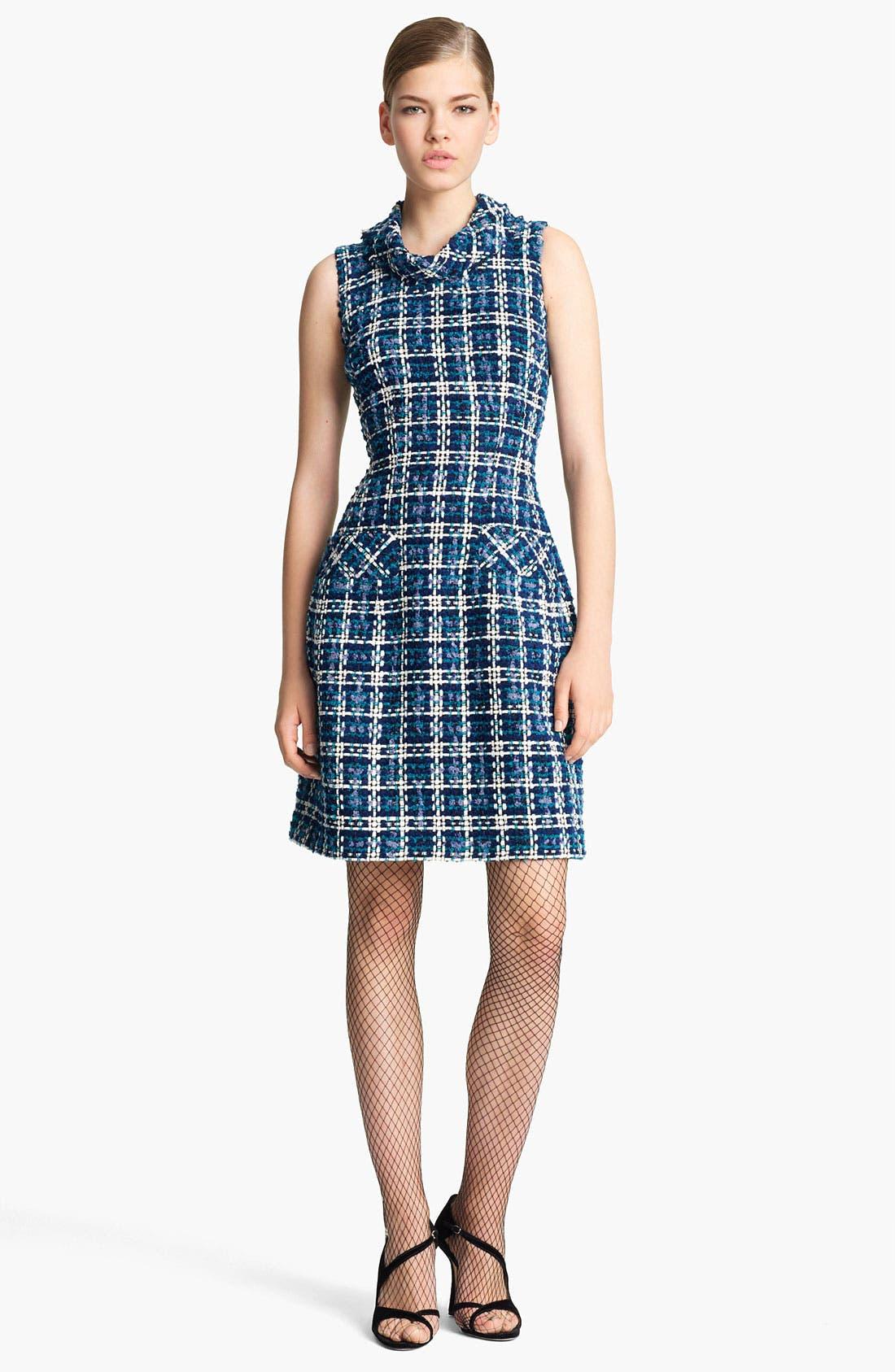 Main Image - Oscar de la Renta Tweed Sheath Dress