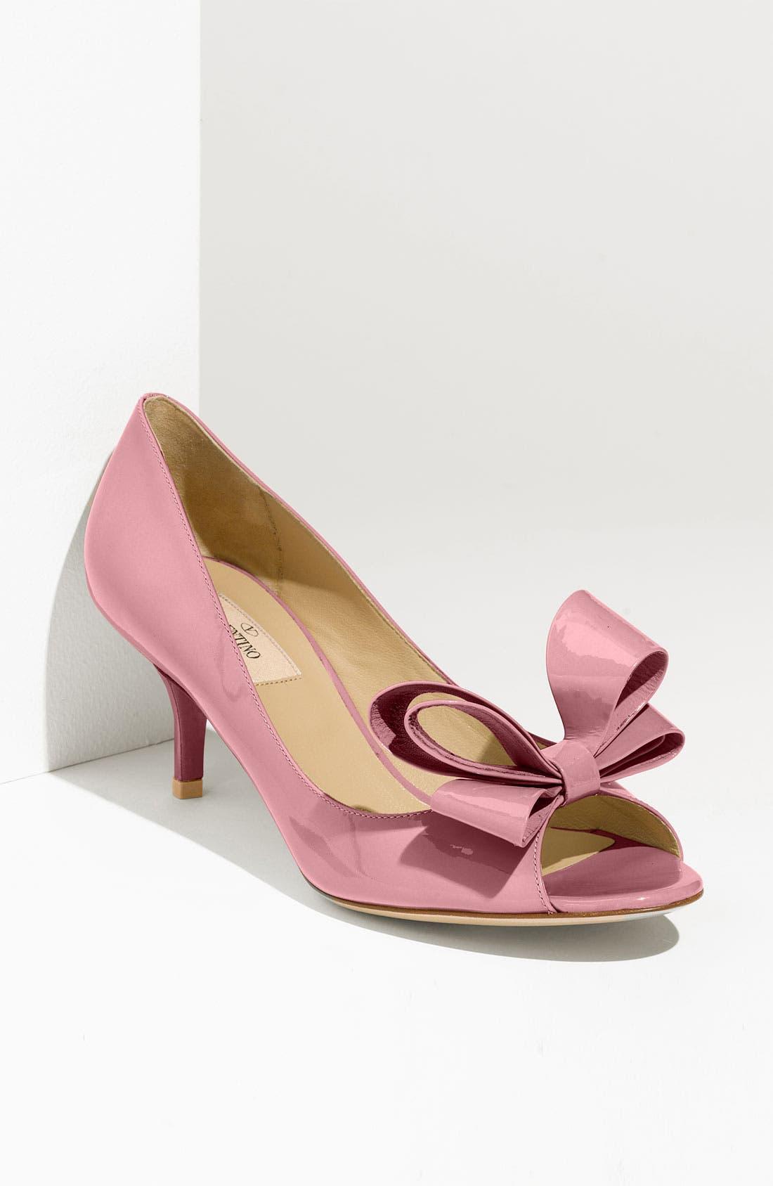 Main Image - VALENTINO GARAVANI Couture Bow Pump (Women)
