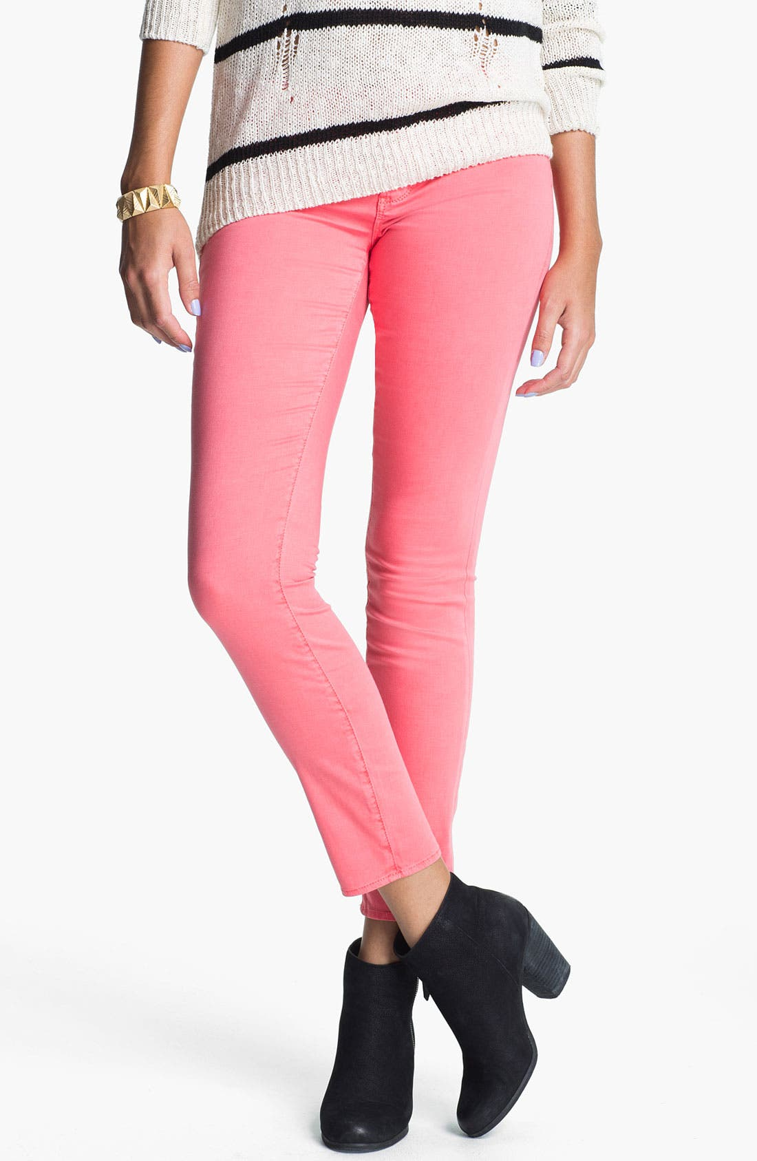 Main Image - Articles of Society 'Olivia' Skinny Jeans (Berry) (Juniors)