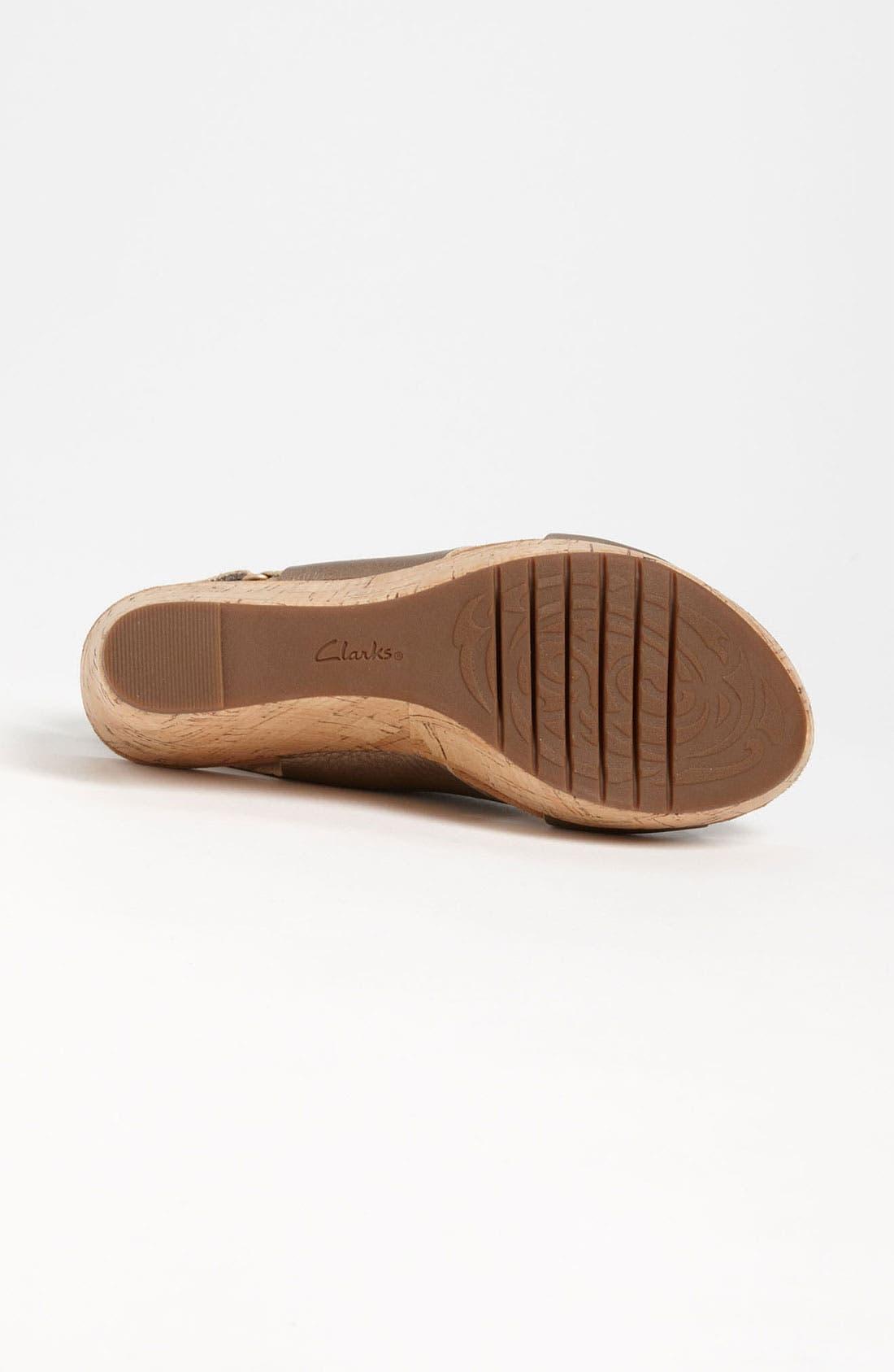 Alternate Image 4  - Clarks® 'Cassylynn Lizzie' Sandal