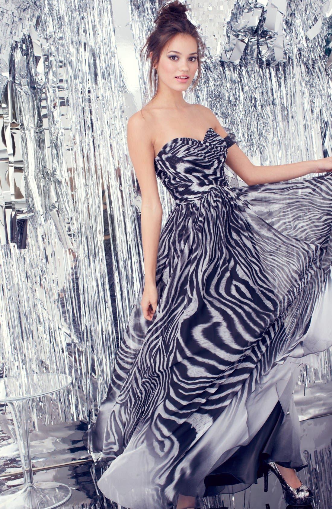 Alternate Image 3  - La Femme Print Strapless Chiffon Gown