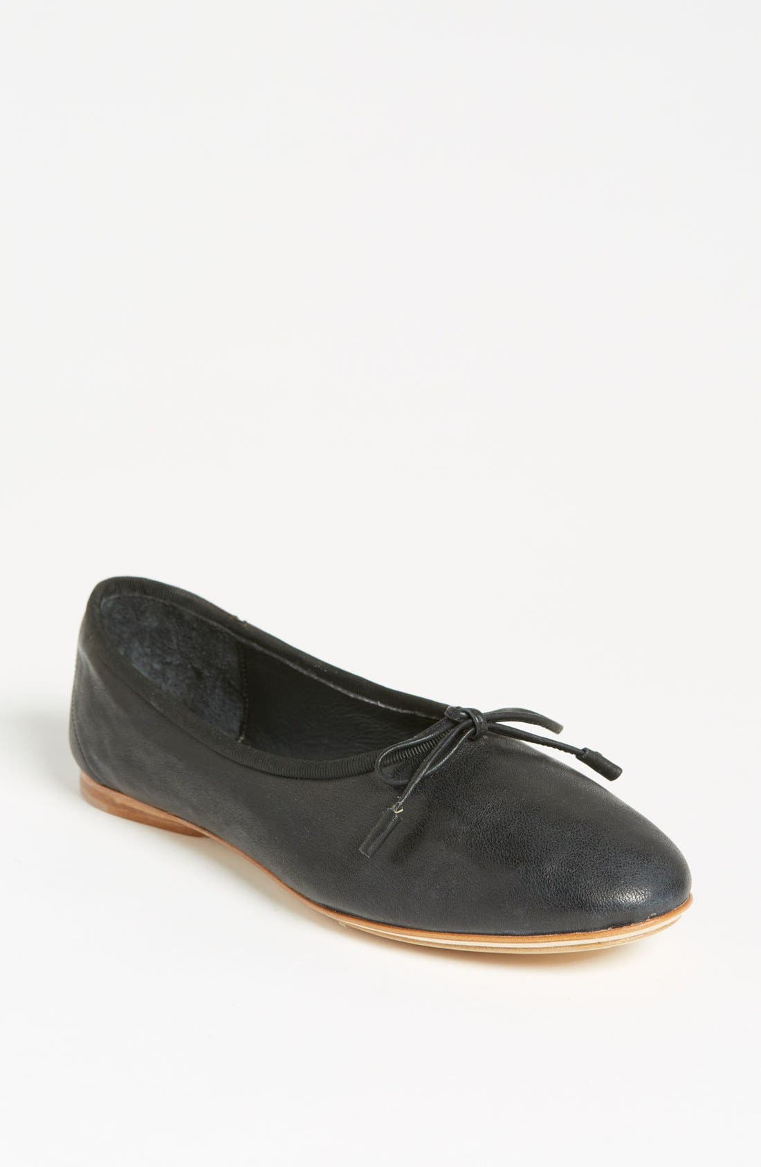 Alternate Image 1 Selected - rag & bone 'Windsor' Skimmer Flat