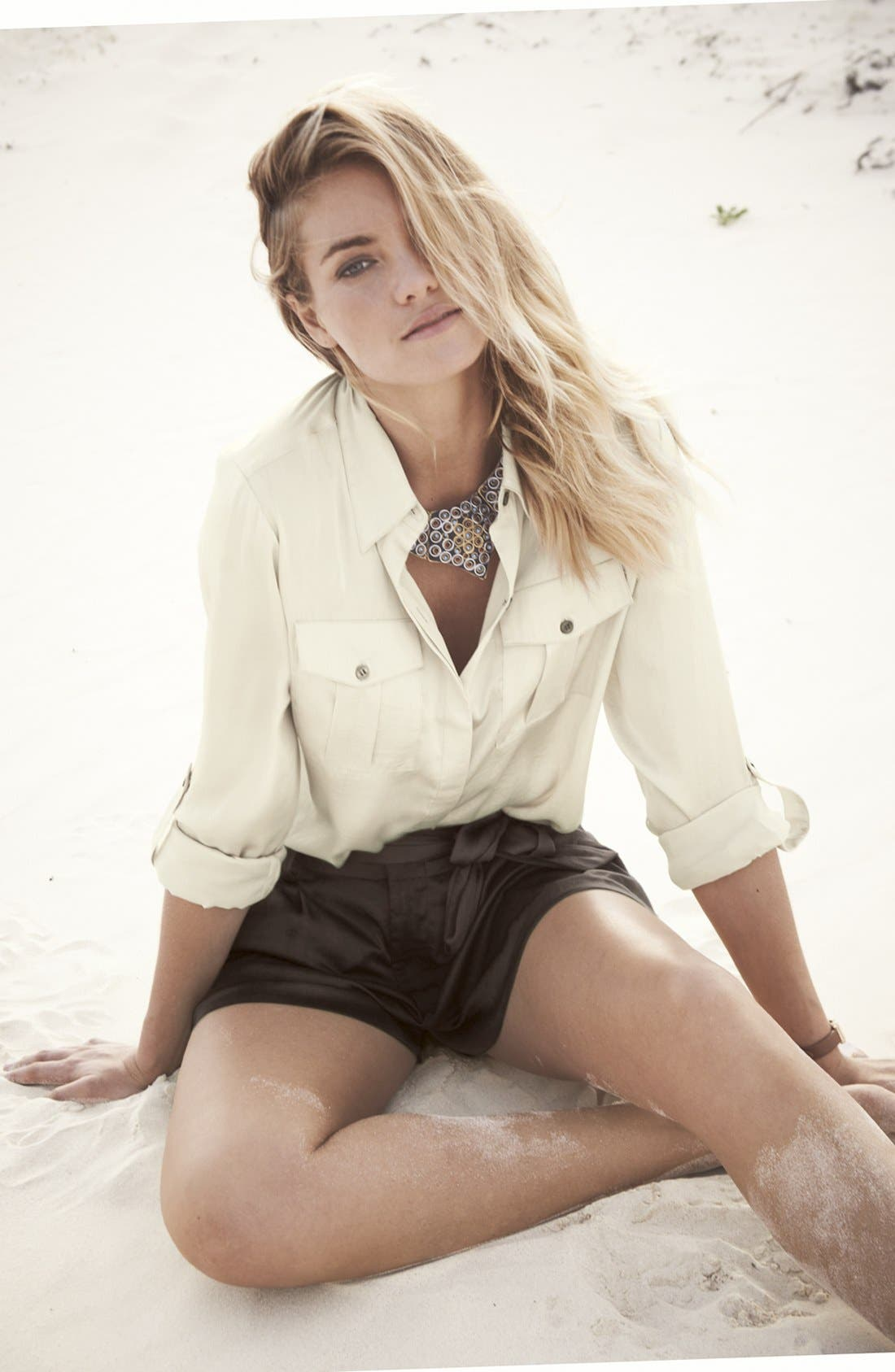 Alternate Image 4  - Vince Camuto Self Tie Pleat Shorts