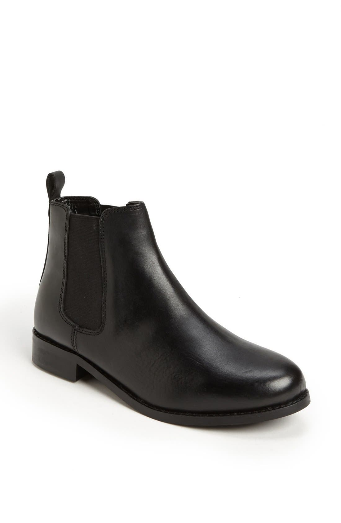 Alternate Image 1 Selected - Topshop 'Month' Chelsea Boot