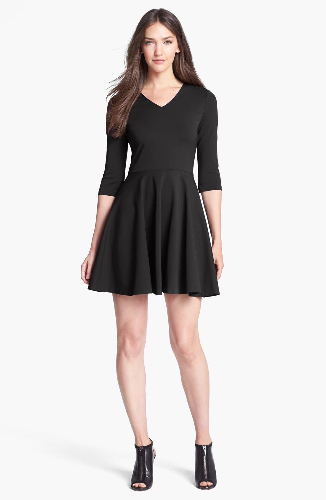 Main Image - Diane von Furstenberg 'Jeannie' Stretch Fit & Flare Dress