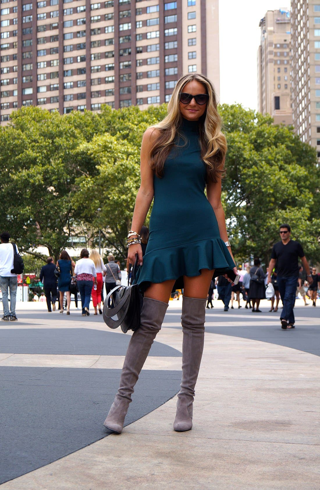 Main Image - Fit & Flare Street Style Look