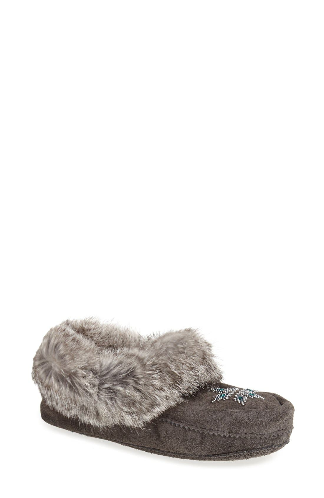 Manitobah Mukluks 'Kanada' Genuine Rabbit Fur & Suede Moccasin Slipper (Women)