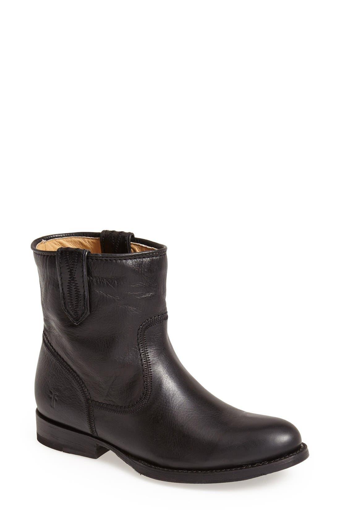 Main Image - Frye 'Jamie' Short Boot (Women)