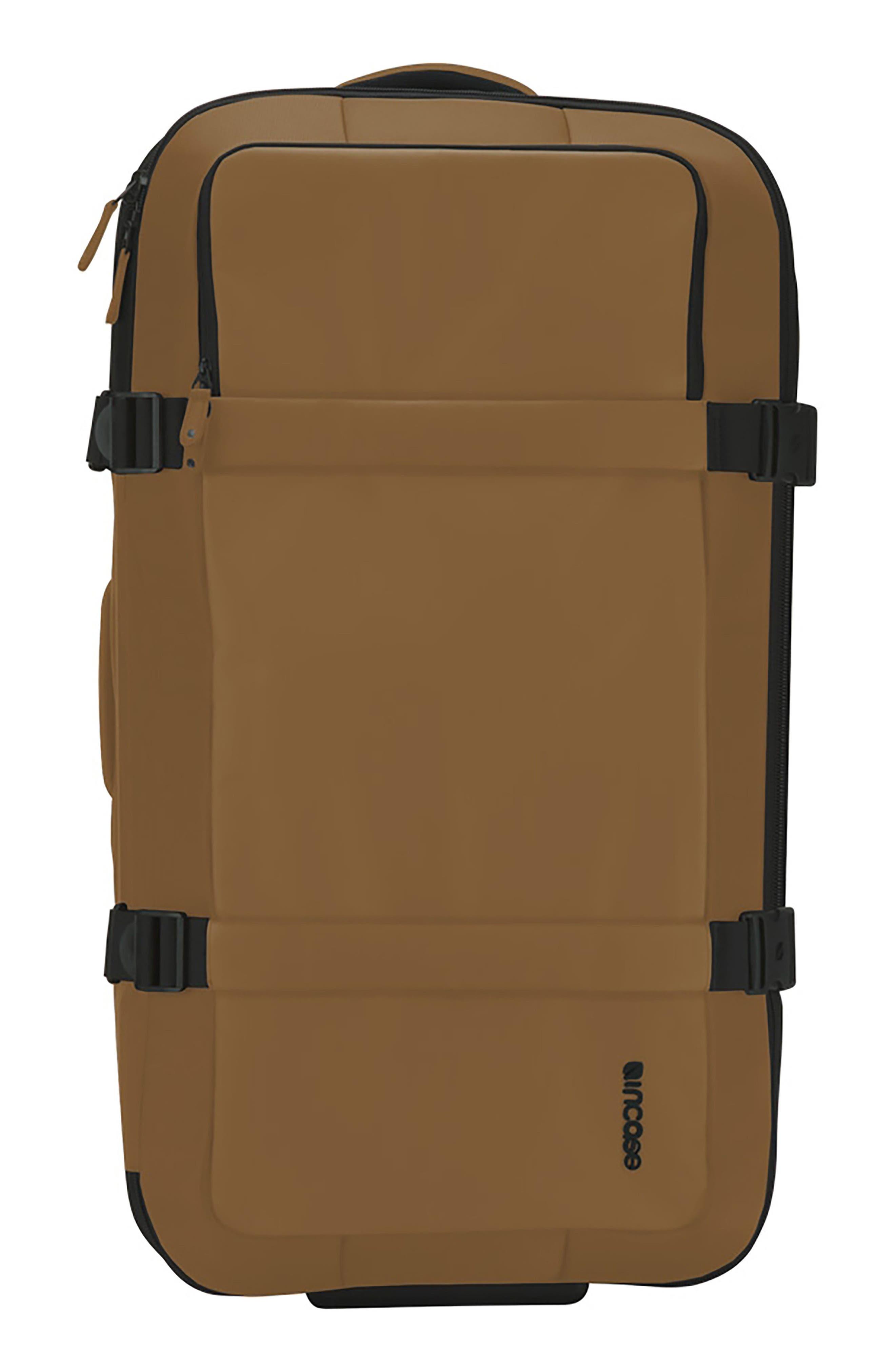 INCASE DESIGNS TRACTO 35 Inch Wheeled Duffel Bag