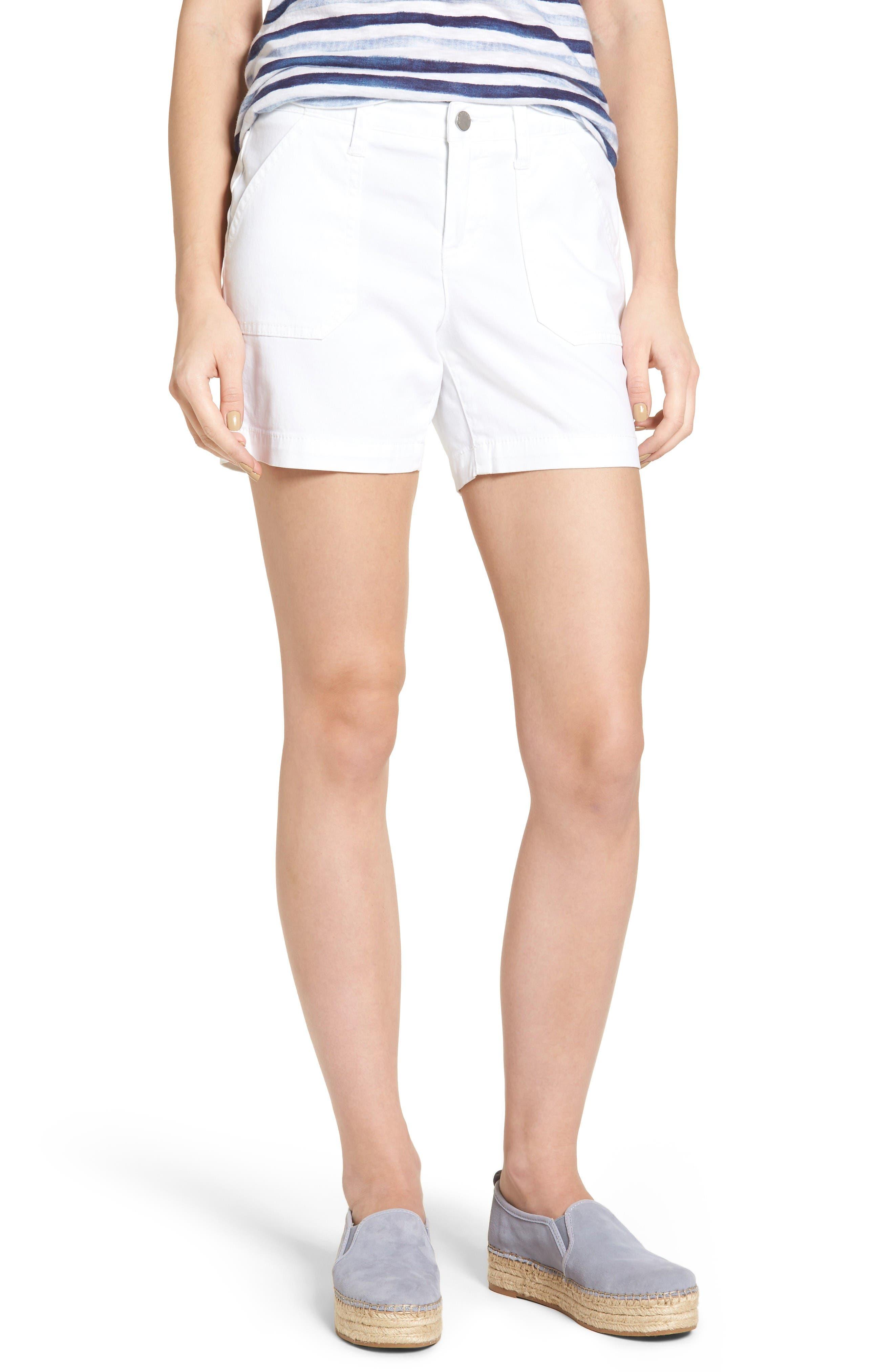 Main Image - Caslon® Utility Shorts (Regular & Petite)