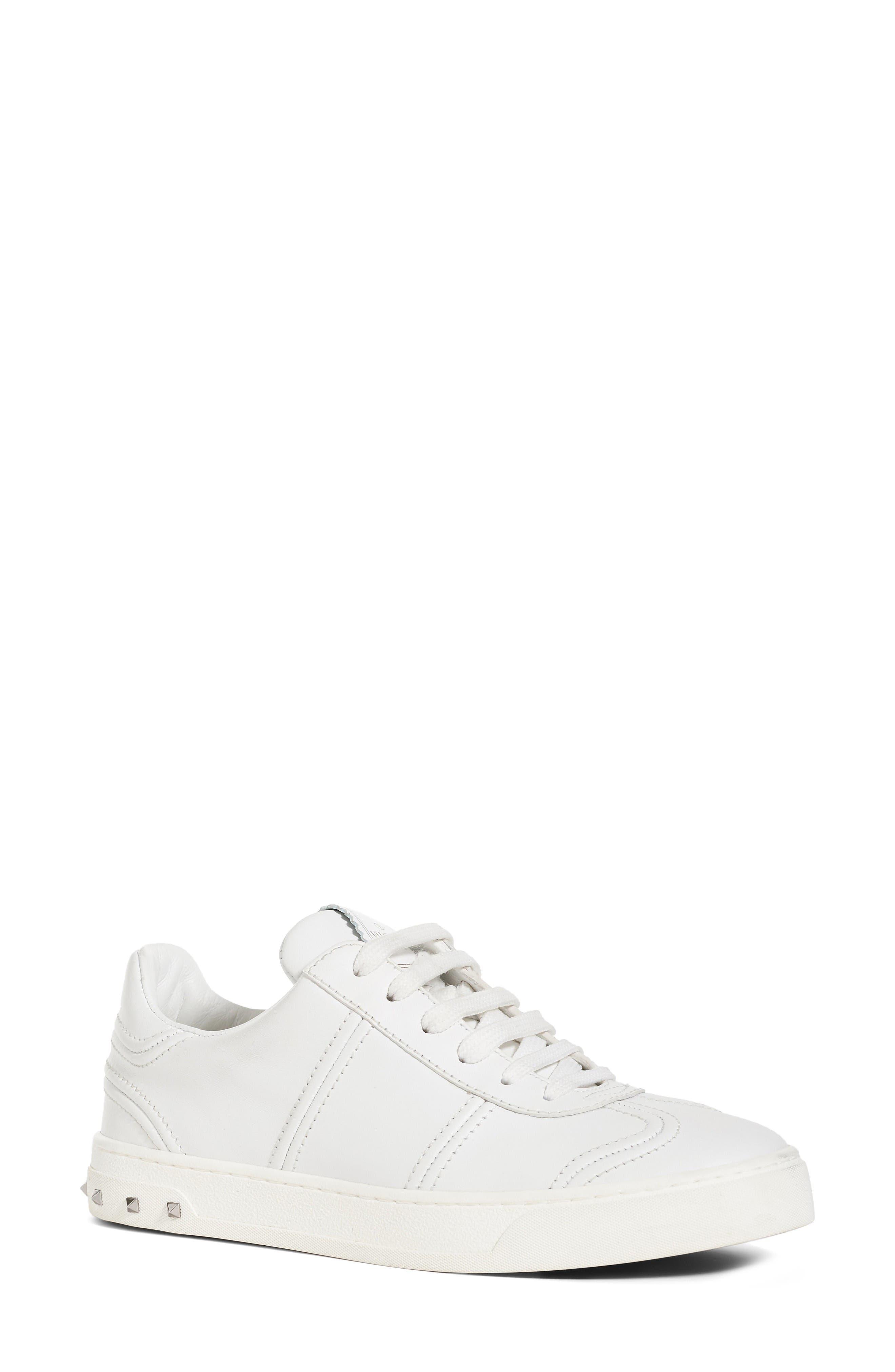 VALENTINO GARAVANI Flycrew Rockstud Sneaker (Women)