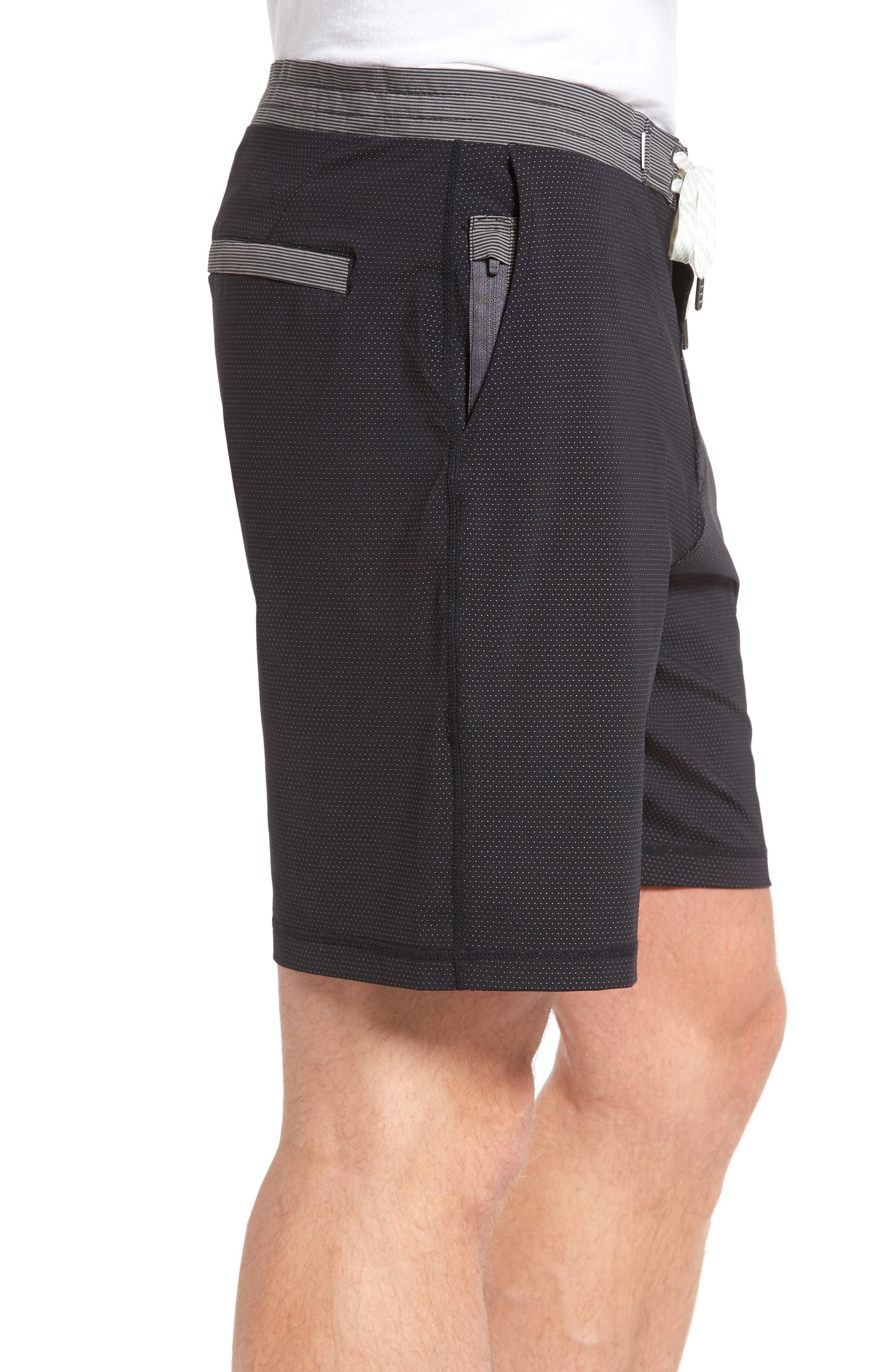 Alternate Image 3  - vuori Evolution Shorts
