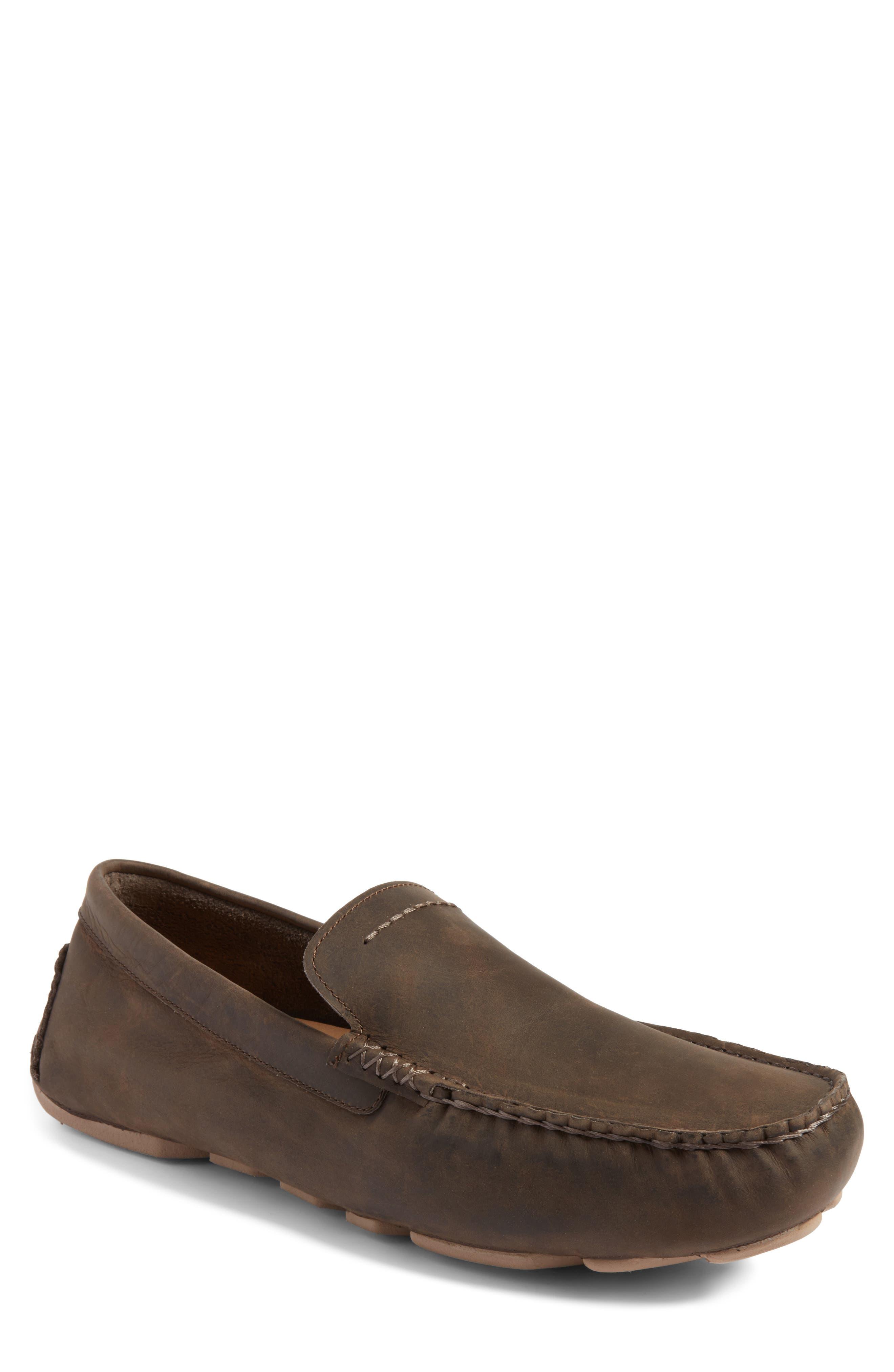 Alternate Image 1 Selected - UGG® 'Henrick' Driving Shoe (Men)