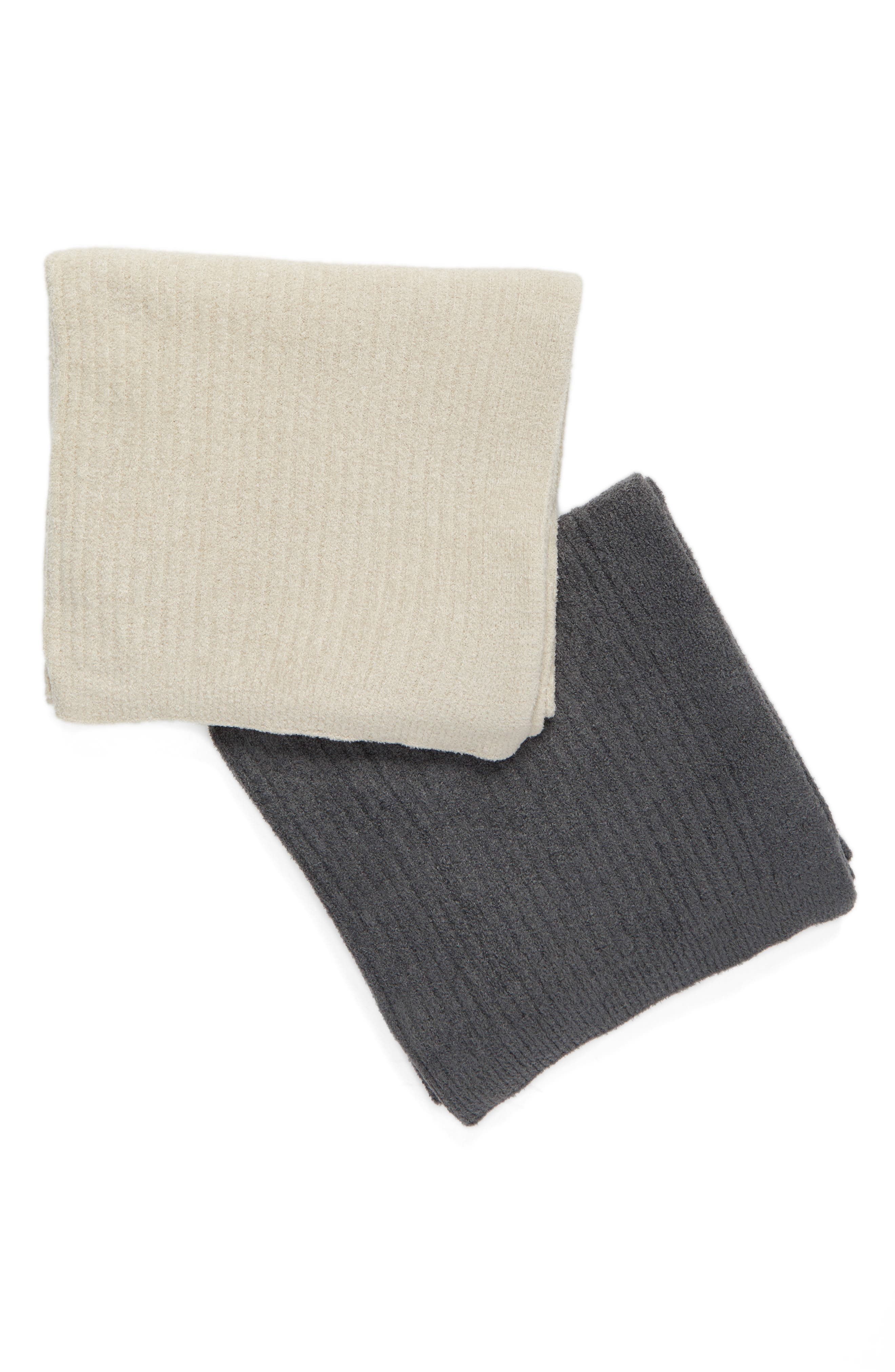 Alternate Image 2  - Barefoot Dreams® Cozychic® Ribbed Throw Blanket