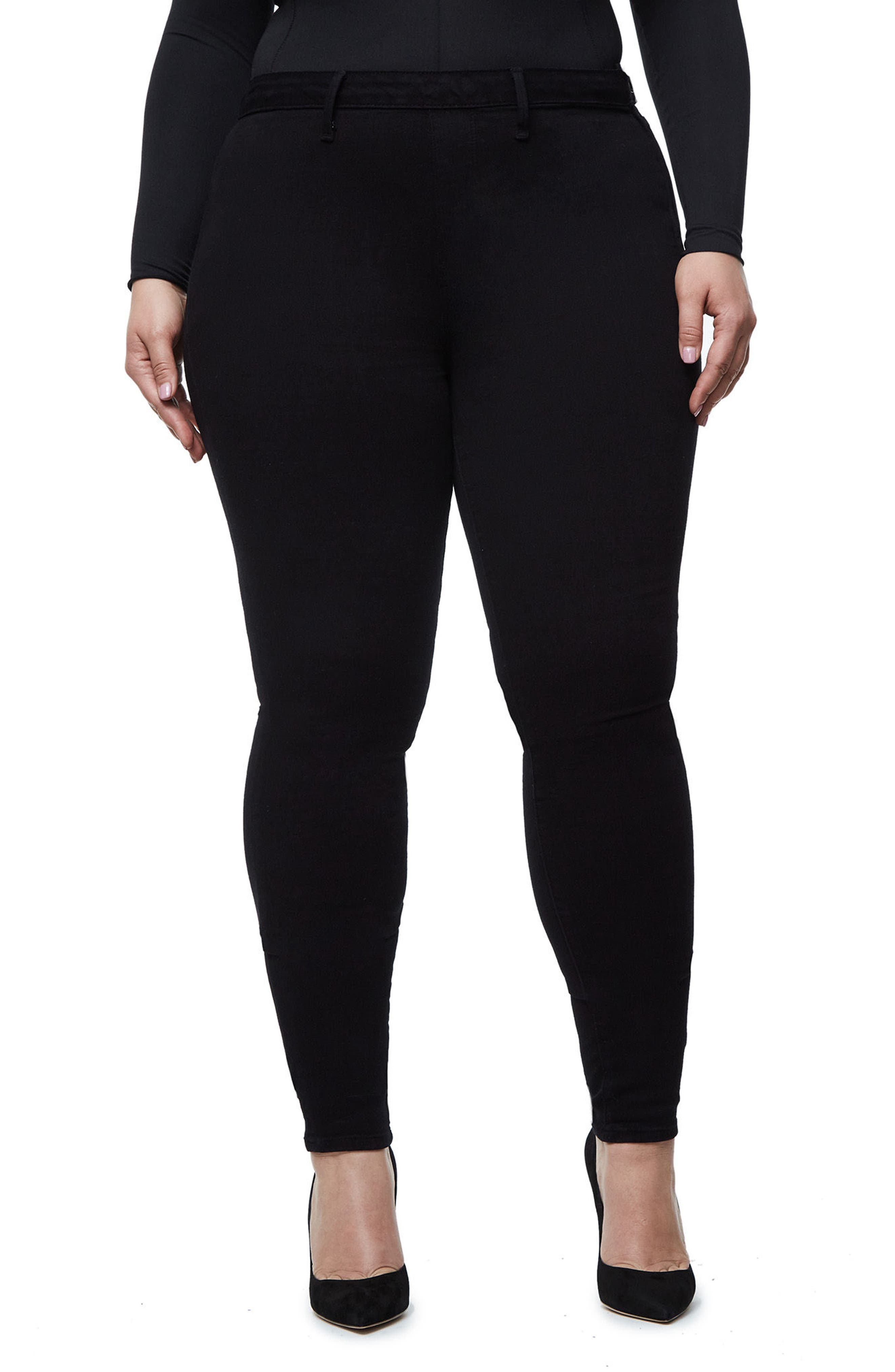 Alternate Image 7  - Good American High Waist Side Zip Skinny Jeans (Black 001) (Extended Sizes)