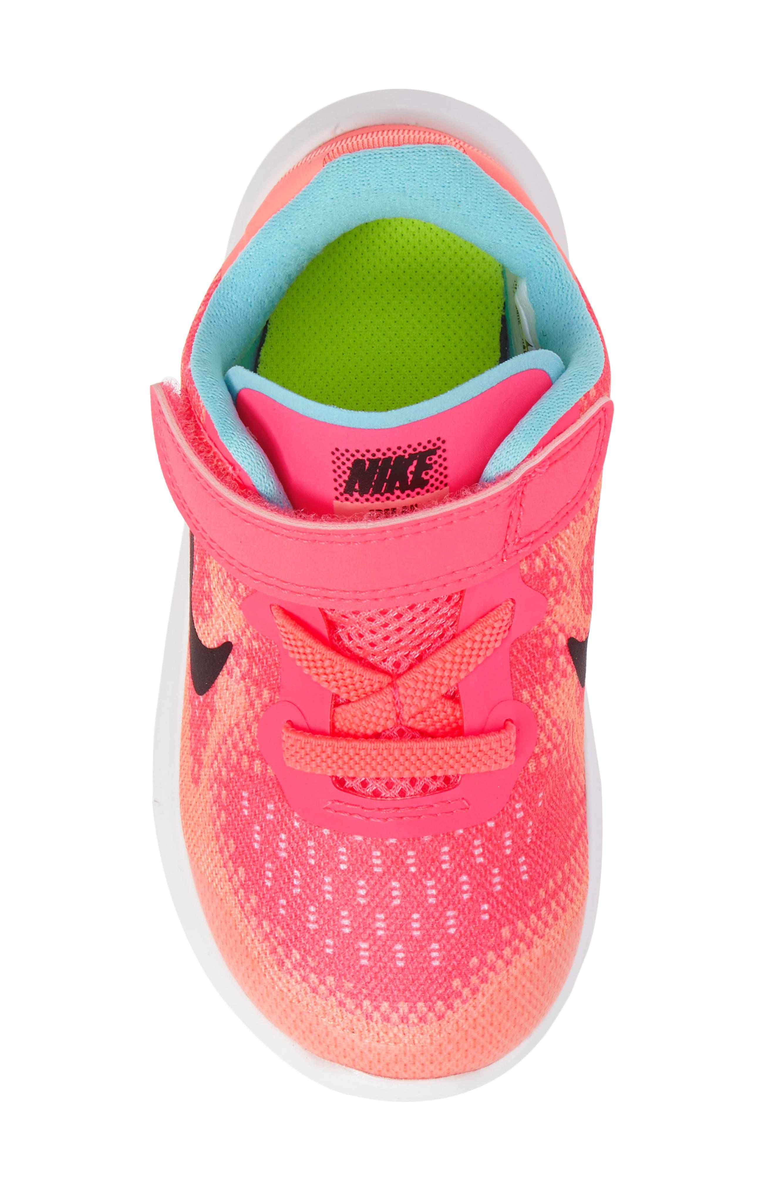 Alternate Image 5  - Nike Free Run 2017 Sneaker (Baby, Walker, Toddler & Little Kid)