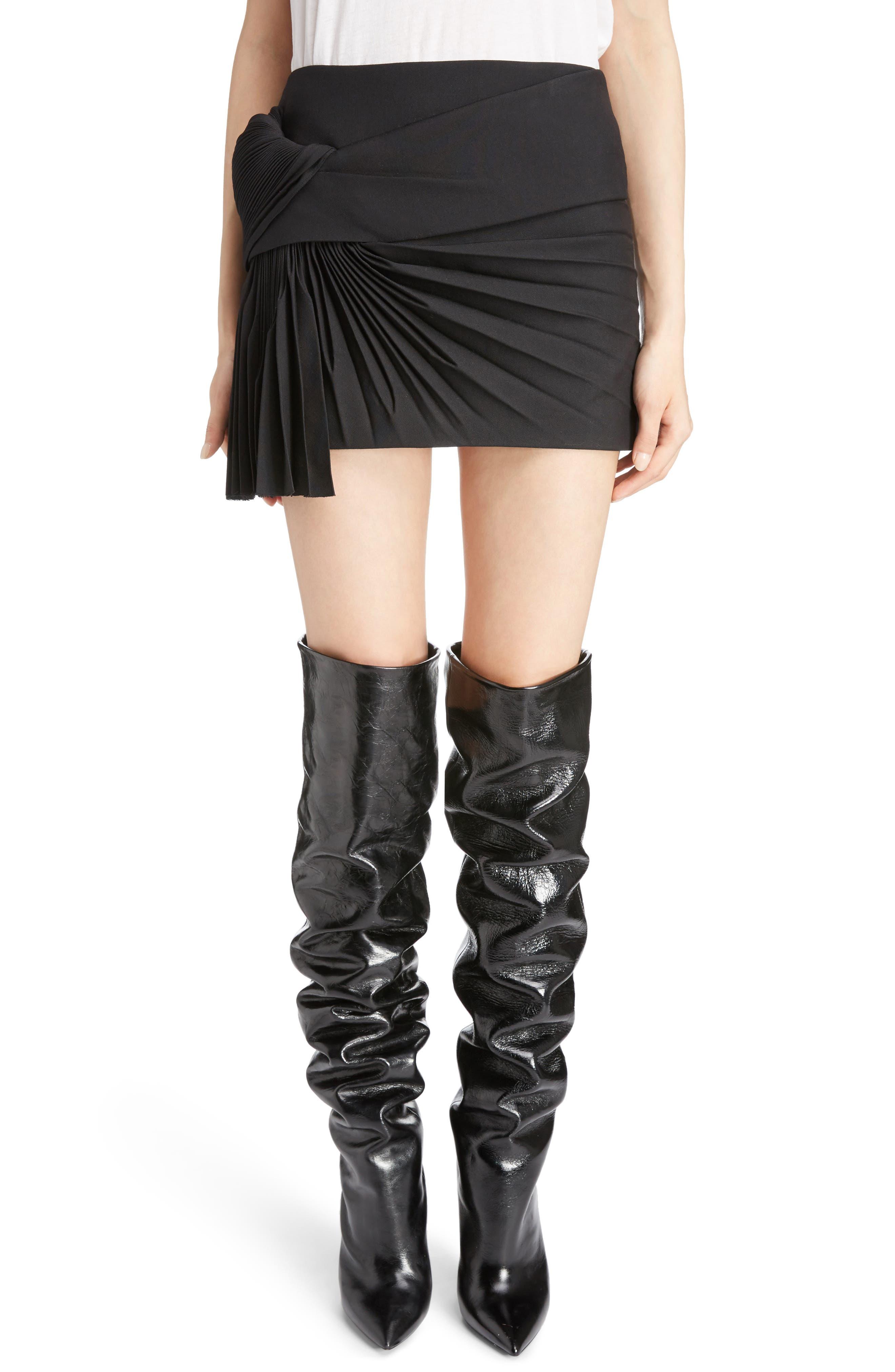 Pleated Wool Gabardine Miniskirt,                         Main,                         color, Noir