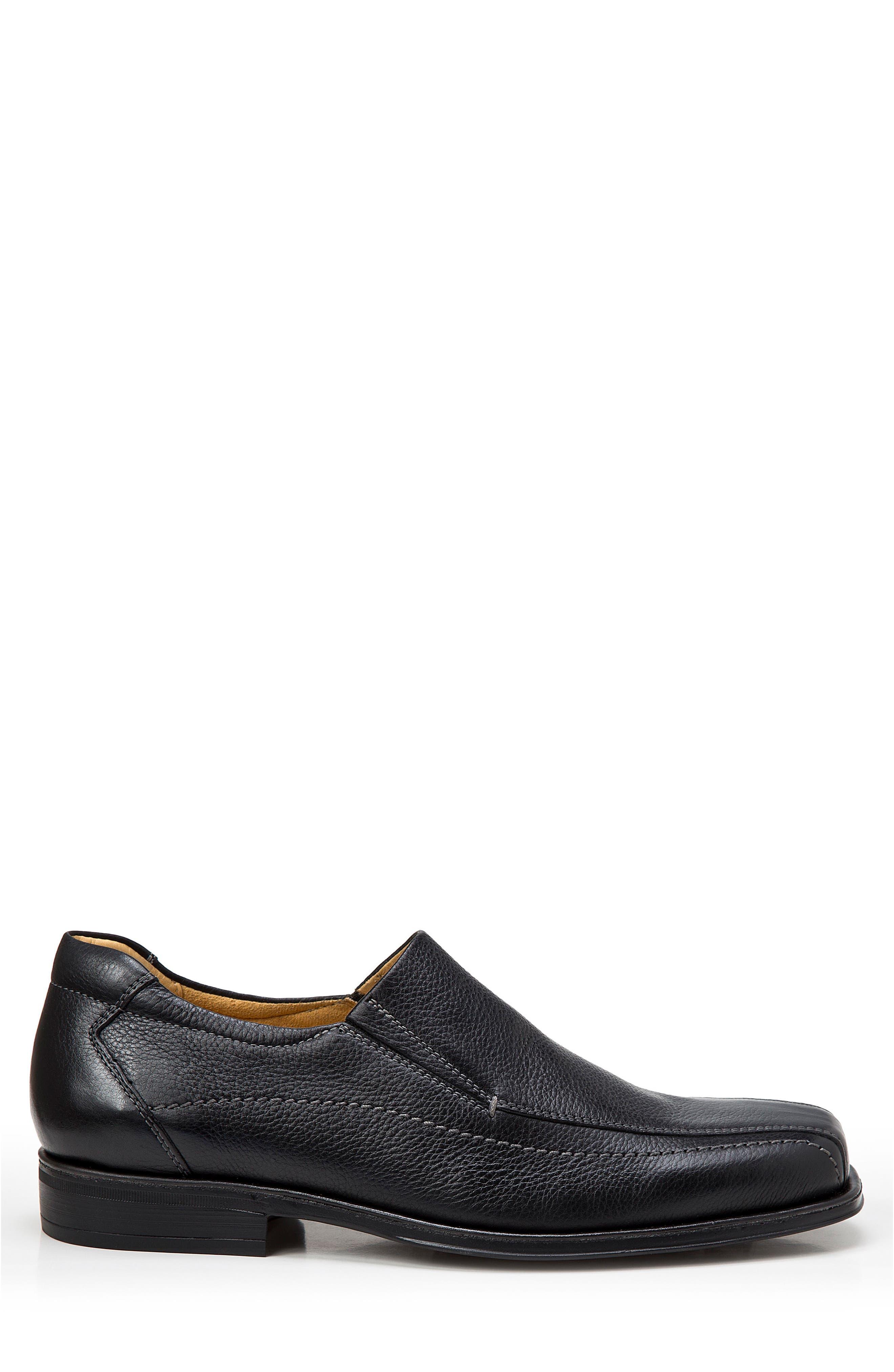 Elgin Venetian Loafer,                             Alternate thumbnail 3, color,                             Black
