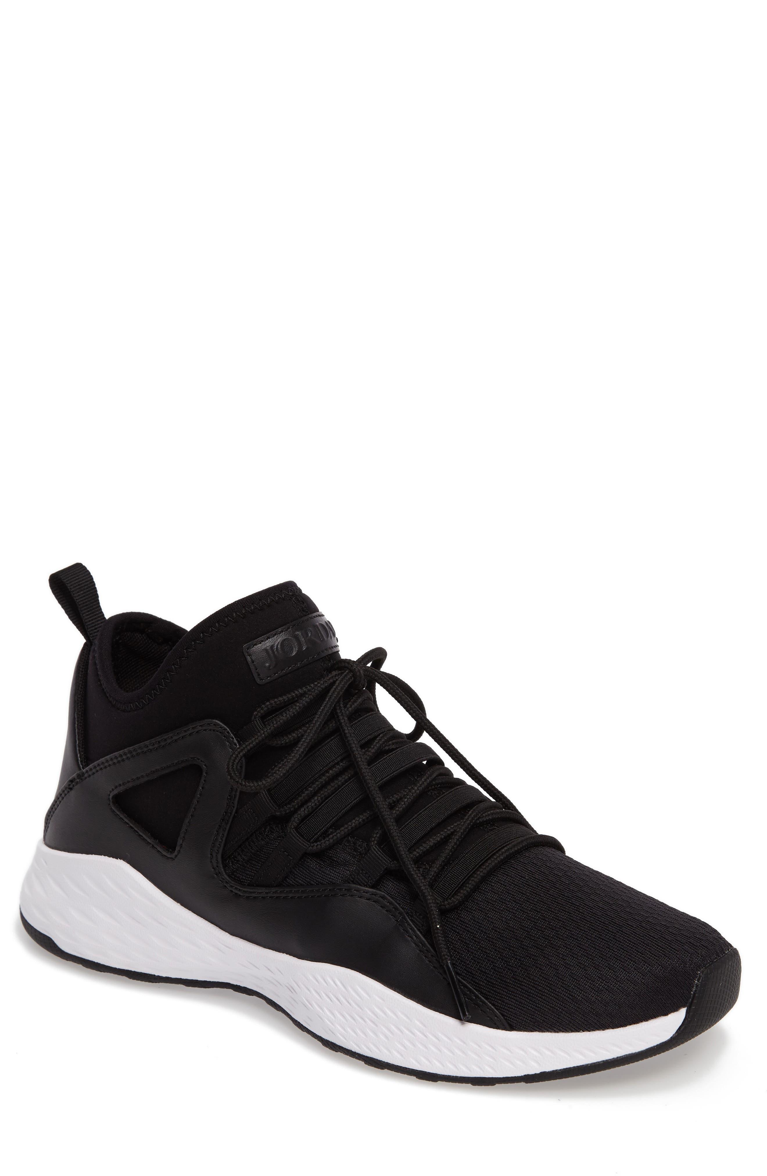 NIKE Jordan Formula 23 Basketball Shoe