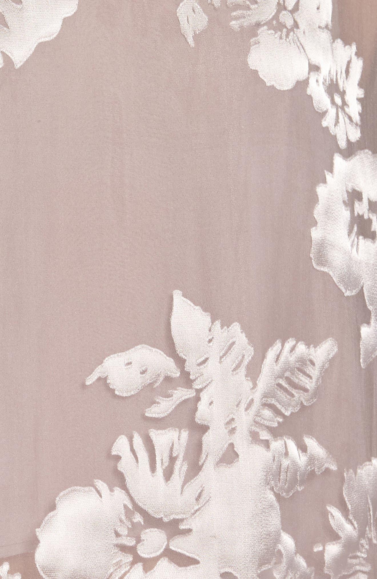 Alternate Image 7  - ASTR the Label Tara Floral Print Top