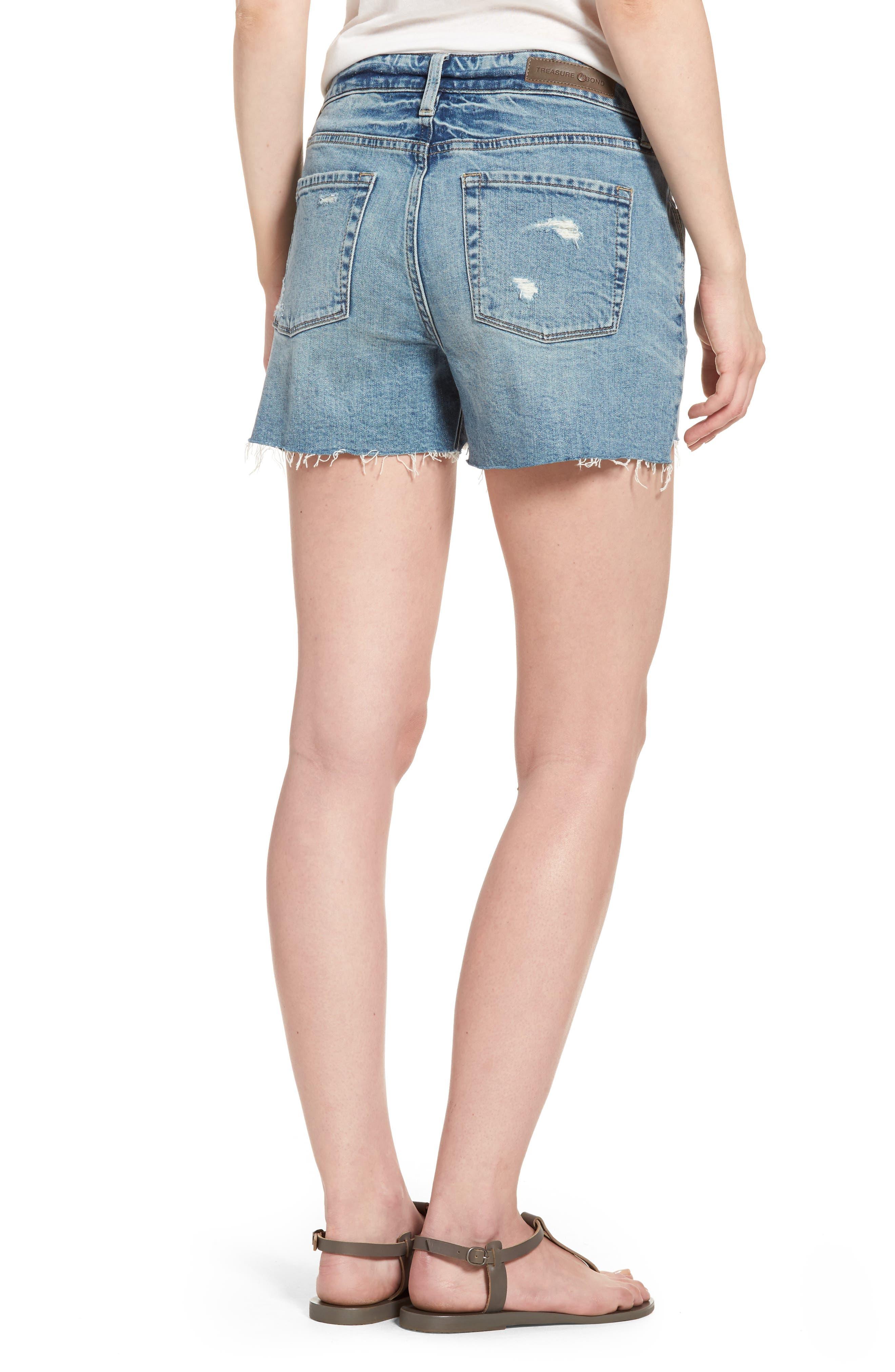 Alternate Image 2  - Treasure & Bond High Waist Boyfriend Cutoff Denim Shorts (Gravel Medium Vintage)