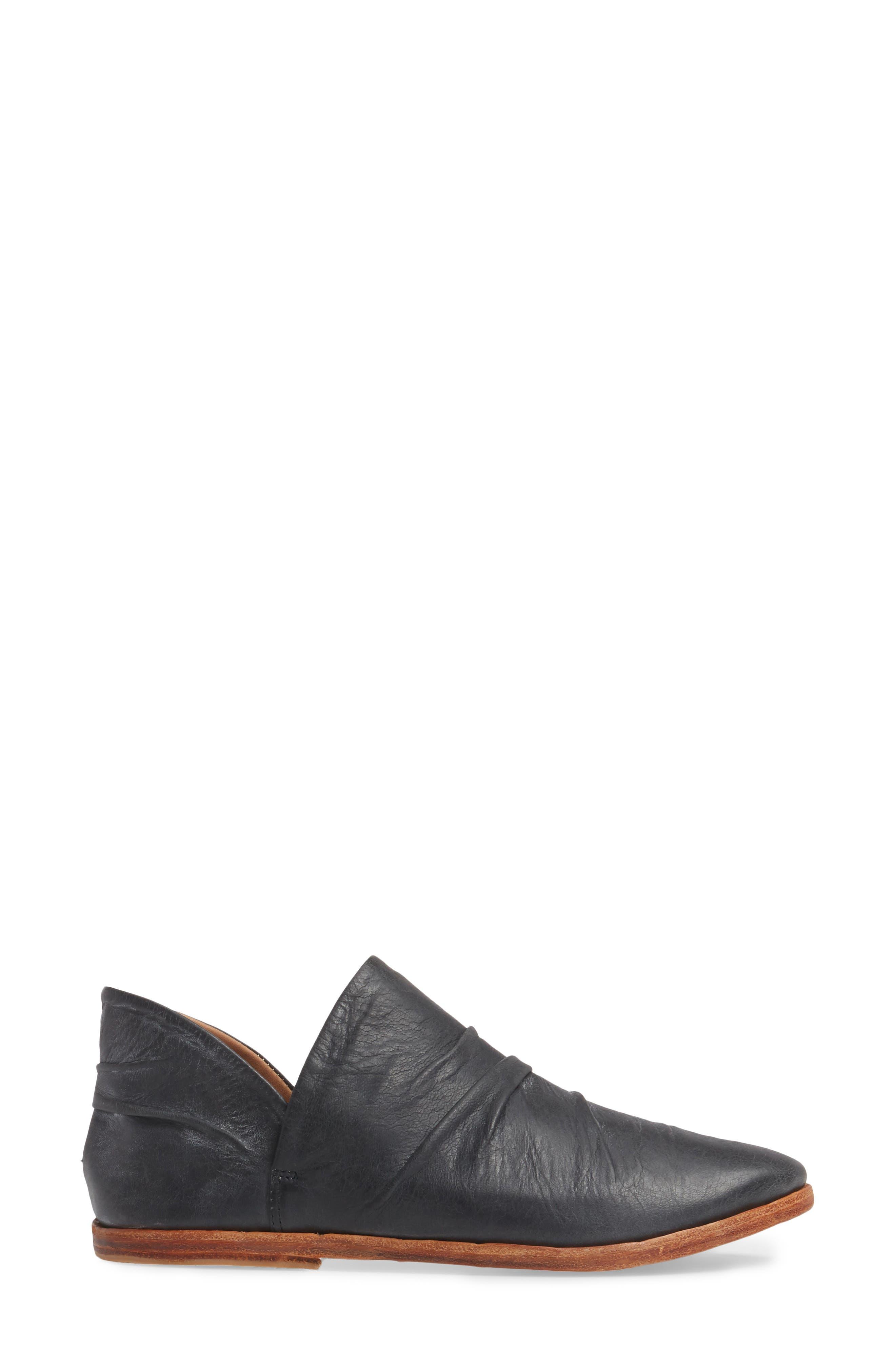 Puffin Loafer,                             Alternate thumbnail 3, color,                             Vintage Black