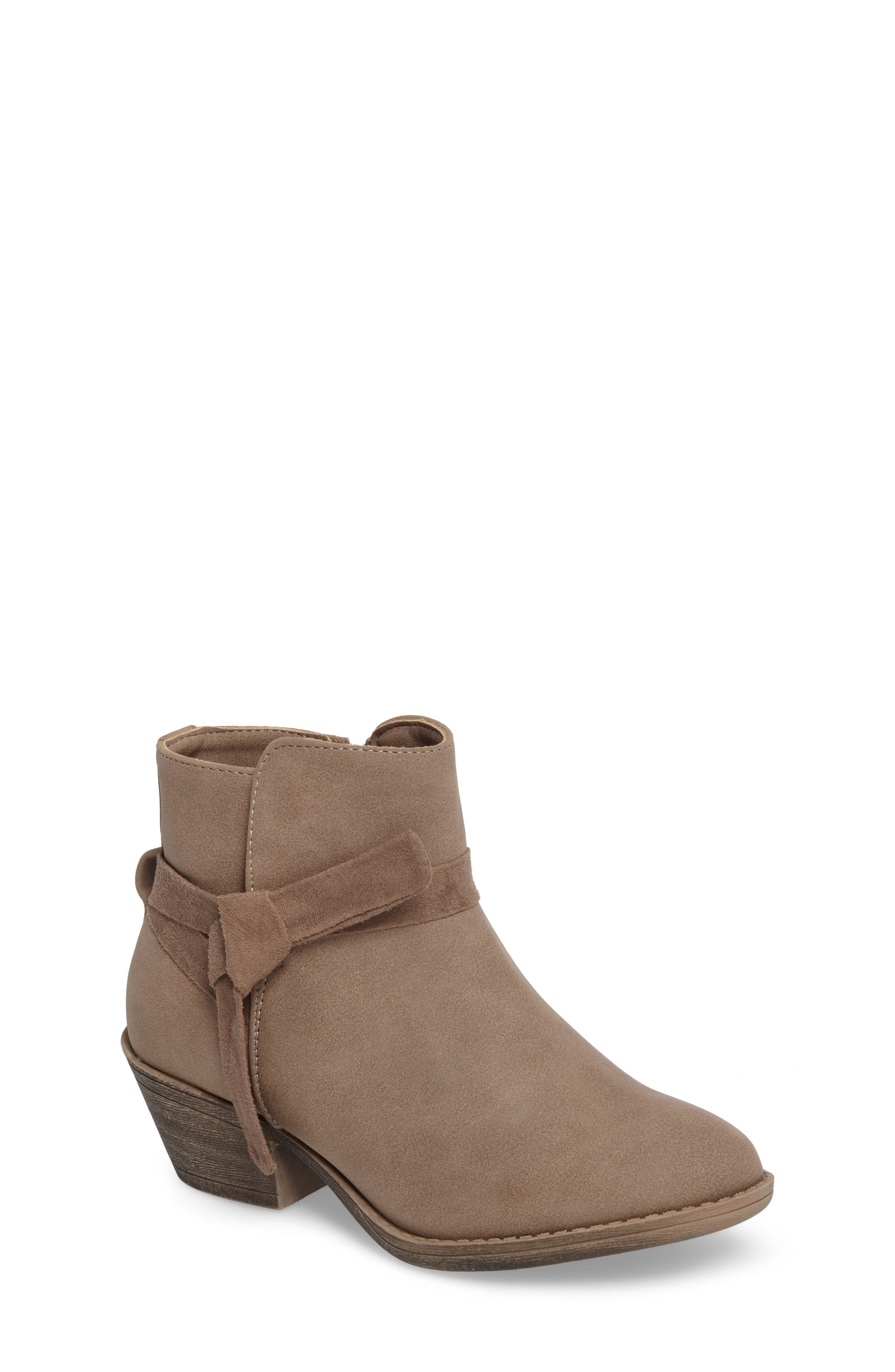 KENNETH COLE NEW YORK Taylor Bootie