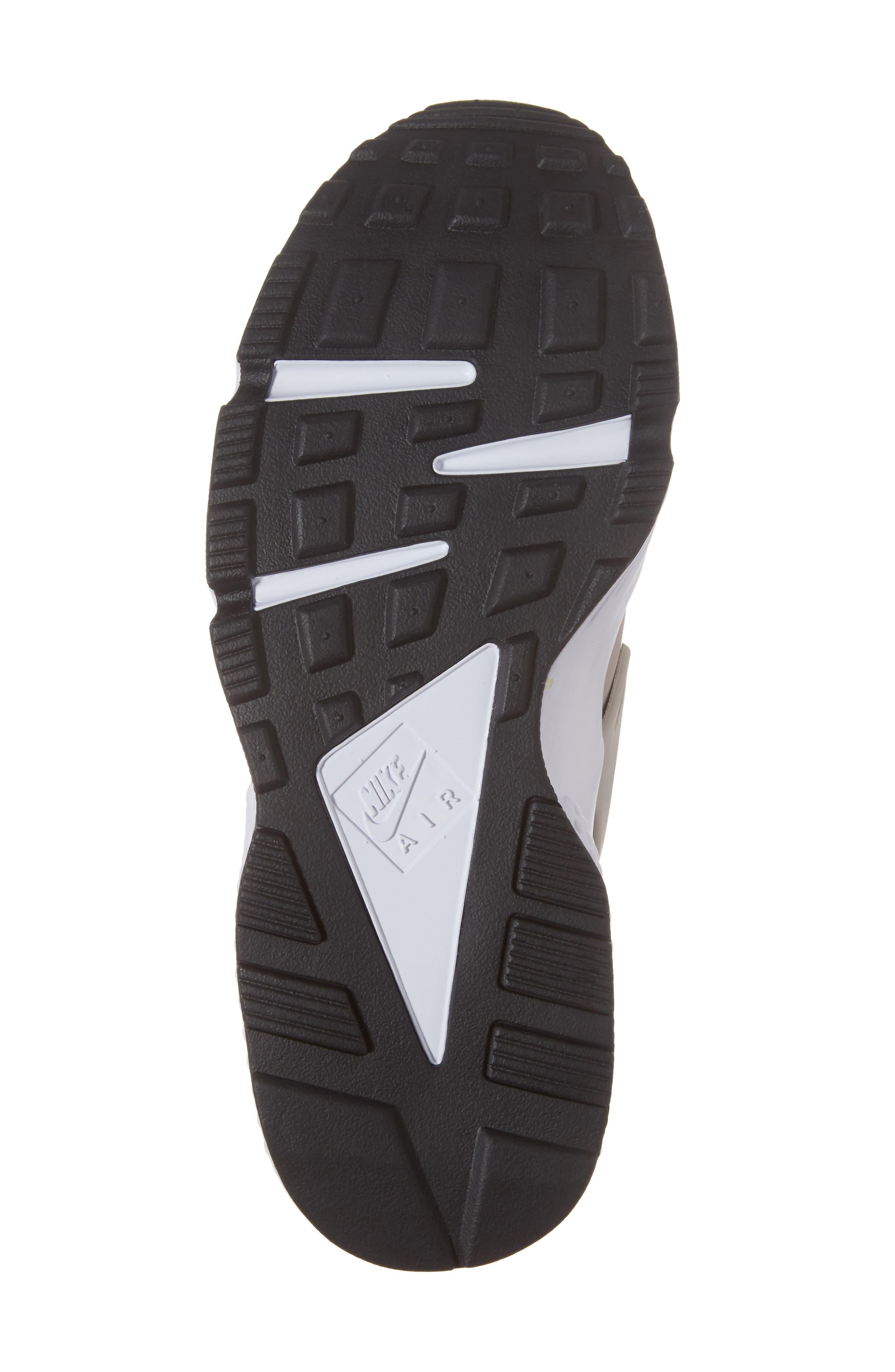 Alternate Image 6  - Nike 'Air Huarache' Sneaker (Men)