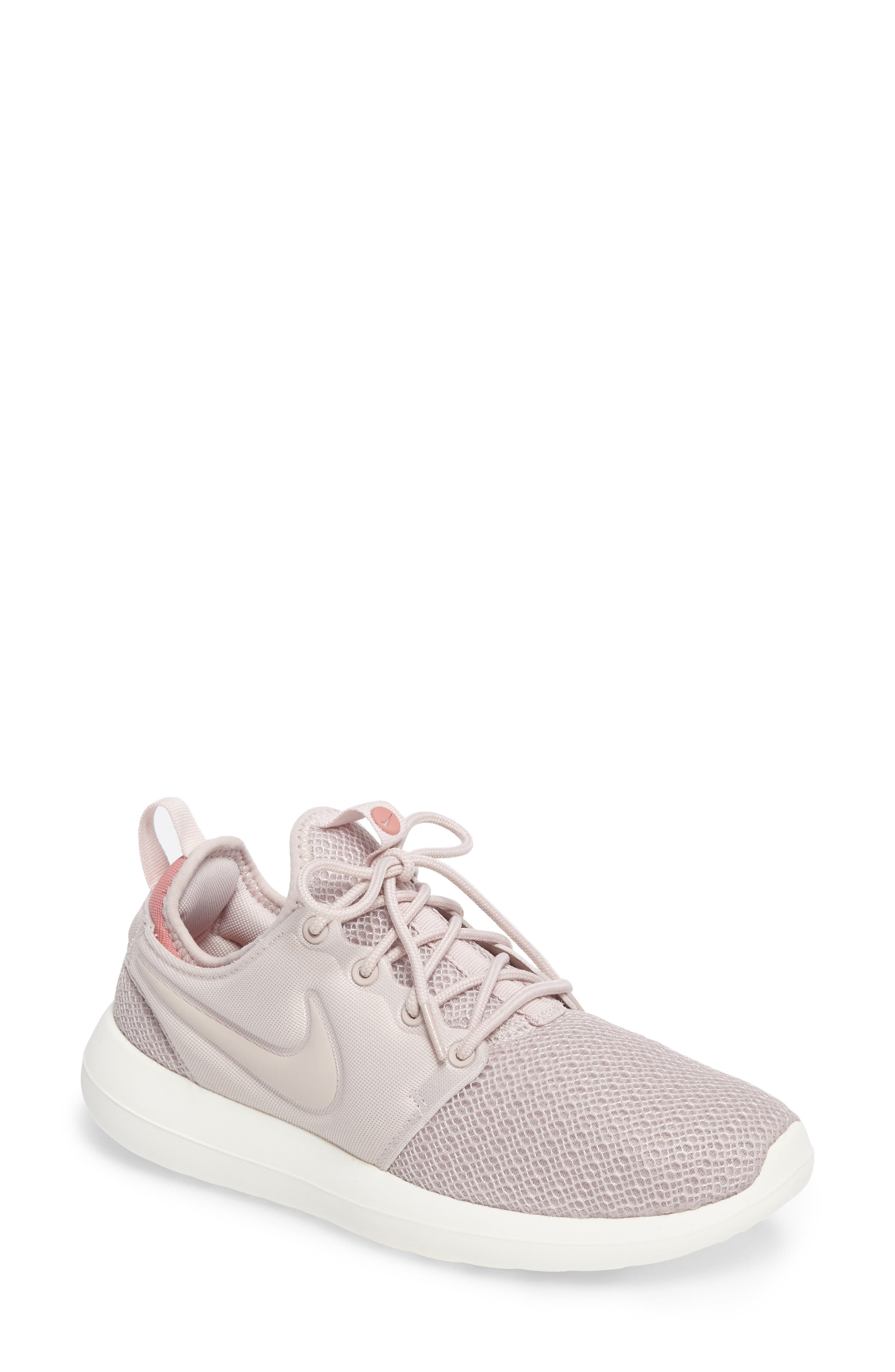 Nike Roshe Two Sneaker (Women)