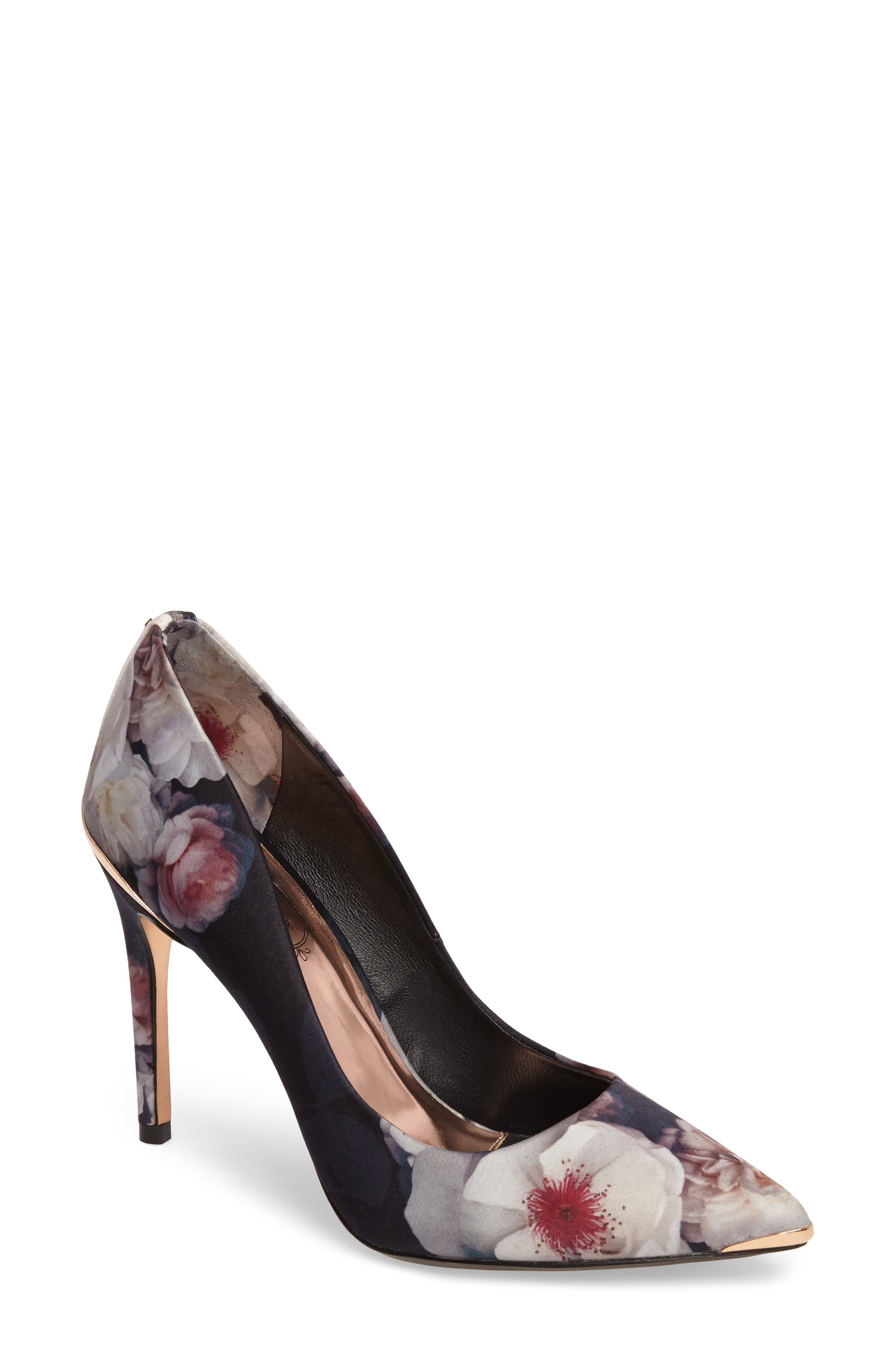 Ted Baker London Kawaap Pump (Women)