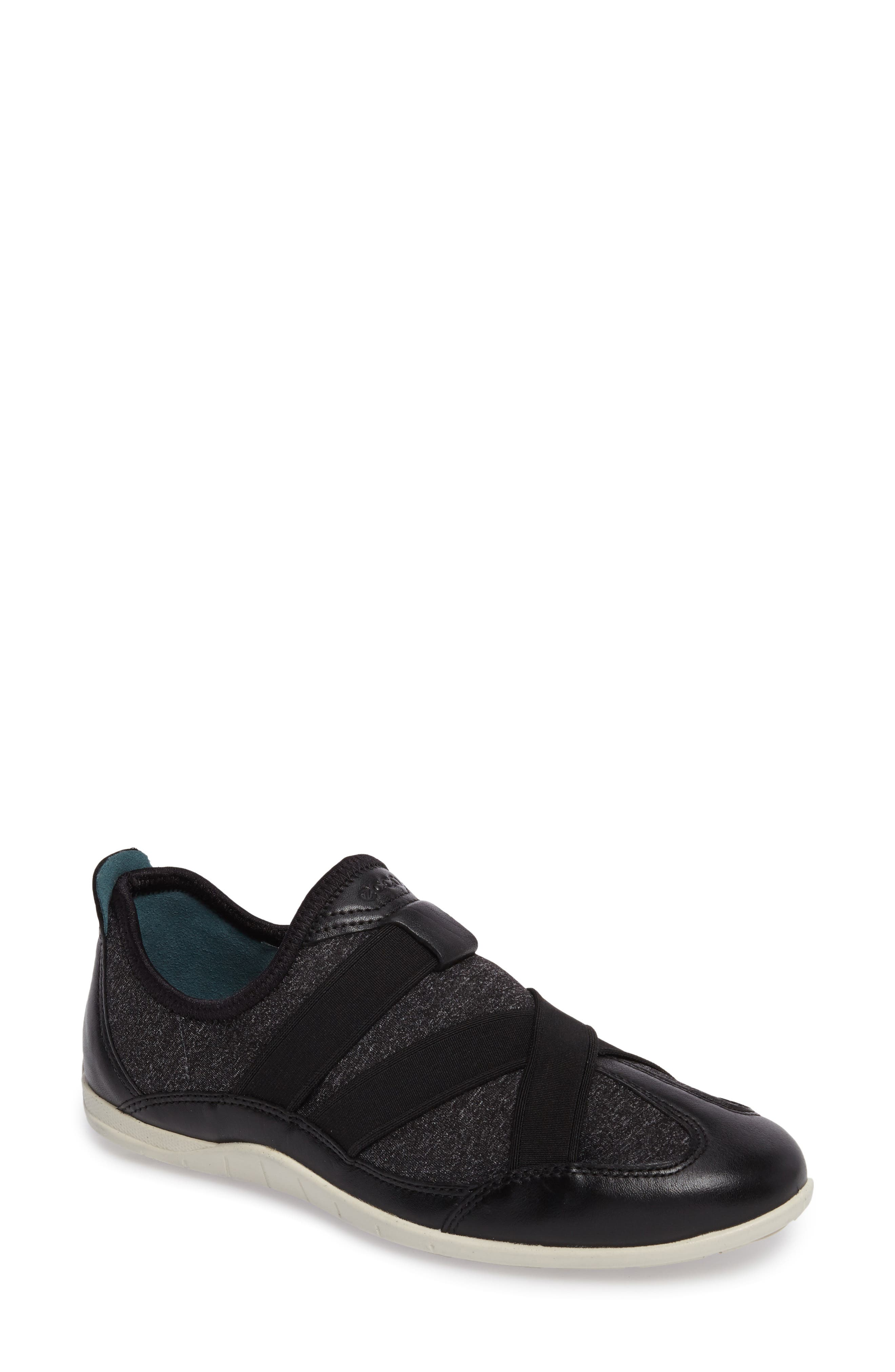 'Bluma' Sneaker,                         Main,                         color, Black Leather