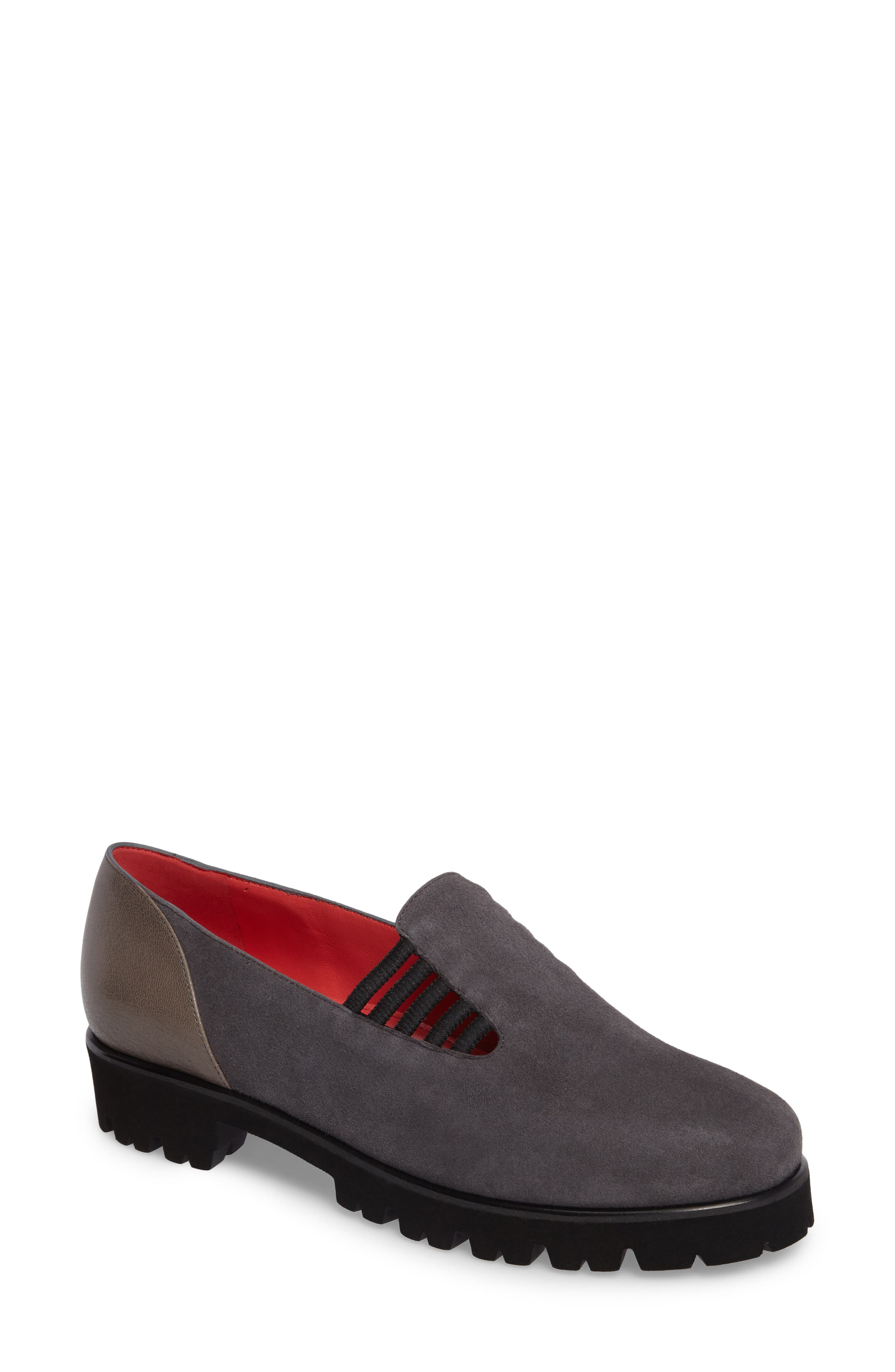 Alternate Image 1 Selected - Pase de Rouge Double Gore Loafer (Women)