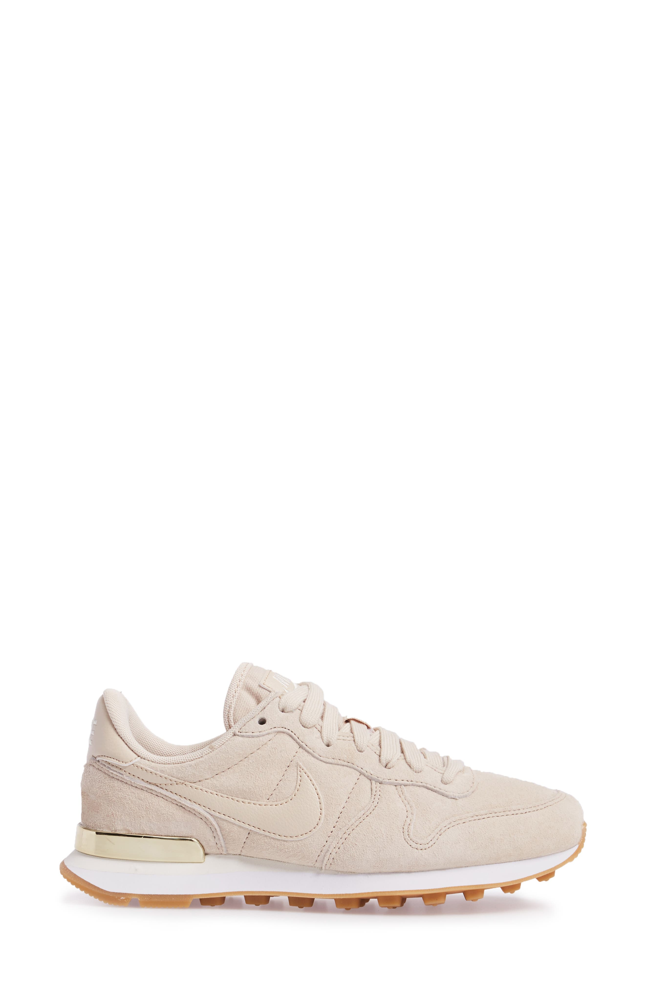 Alternate Image 3  - Nike Internationalist SD Sneaker (Women)