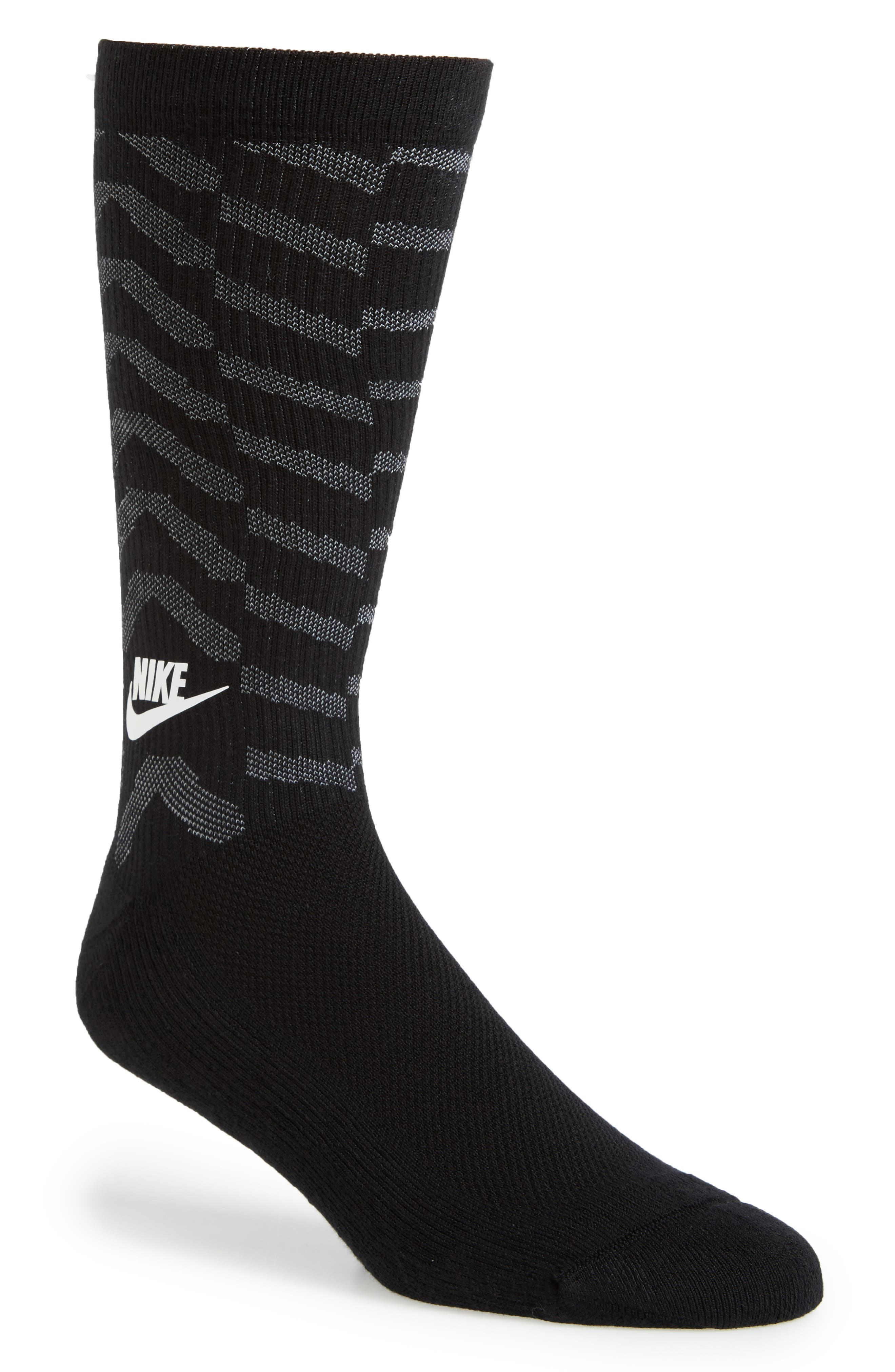 Alternate Image 1 Selected - Nike Statement Graphic Socks