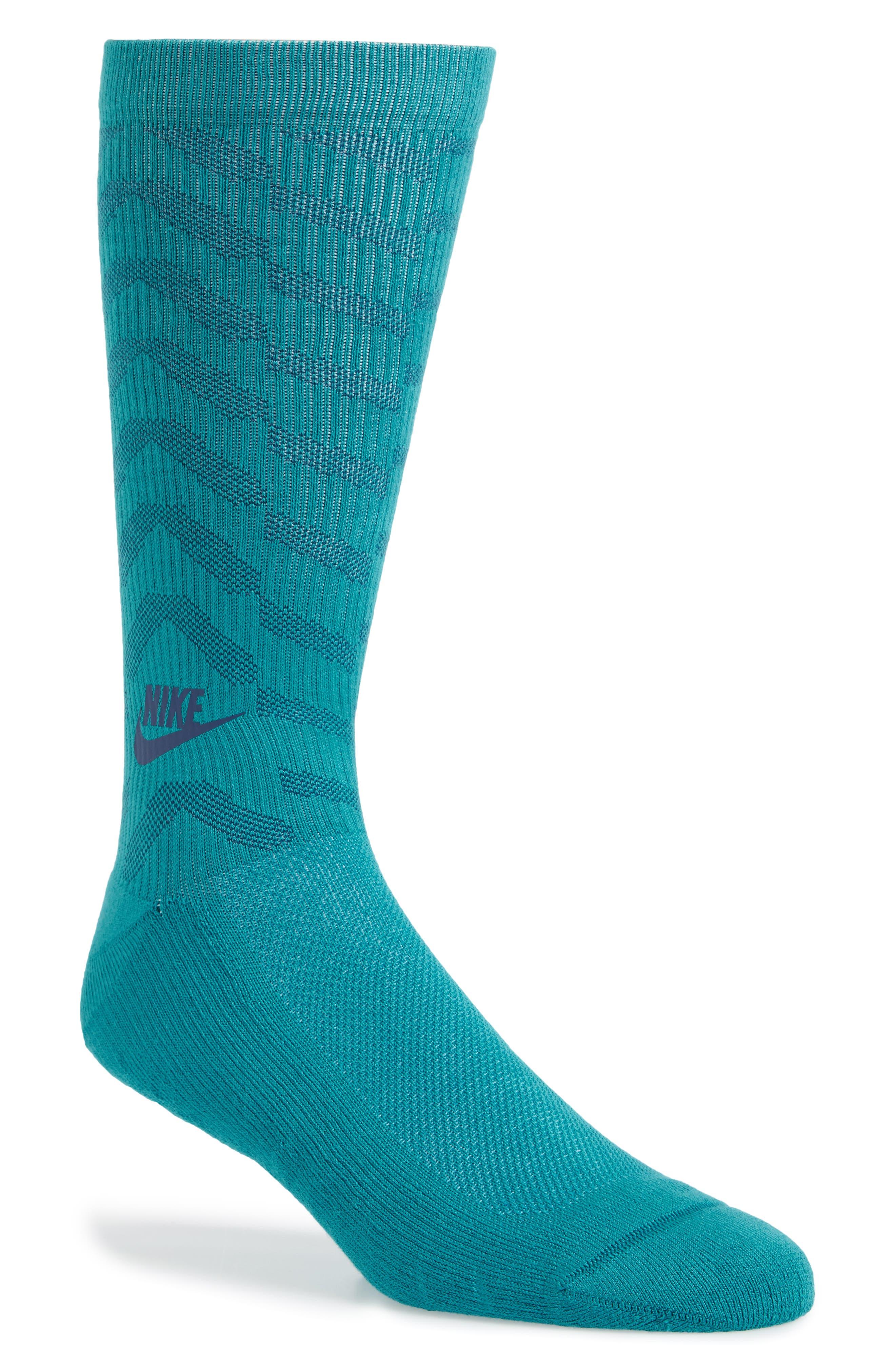 Alternate Image 1 Selected - Nike Statement Graphic Socks