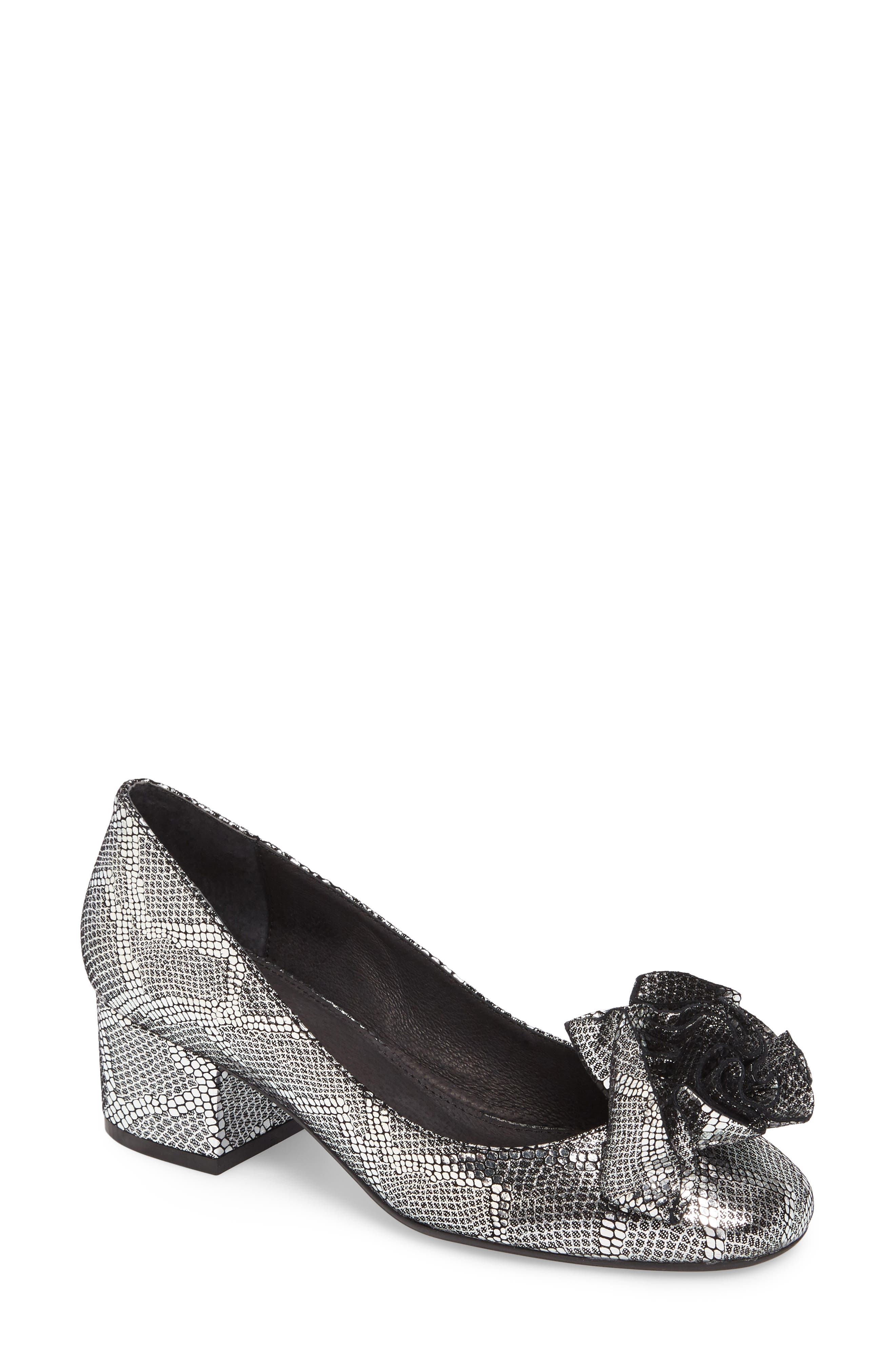 Alternate Image 1 Selected - Cecelia New York Lilly Pump (Women)