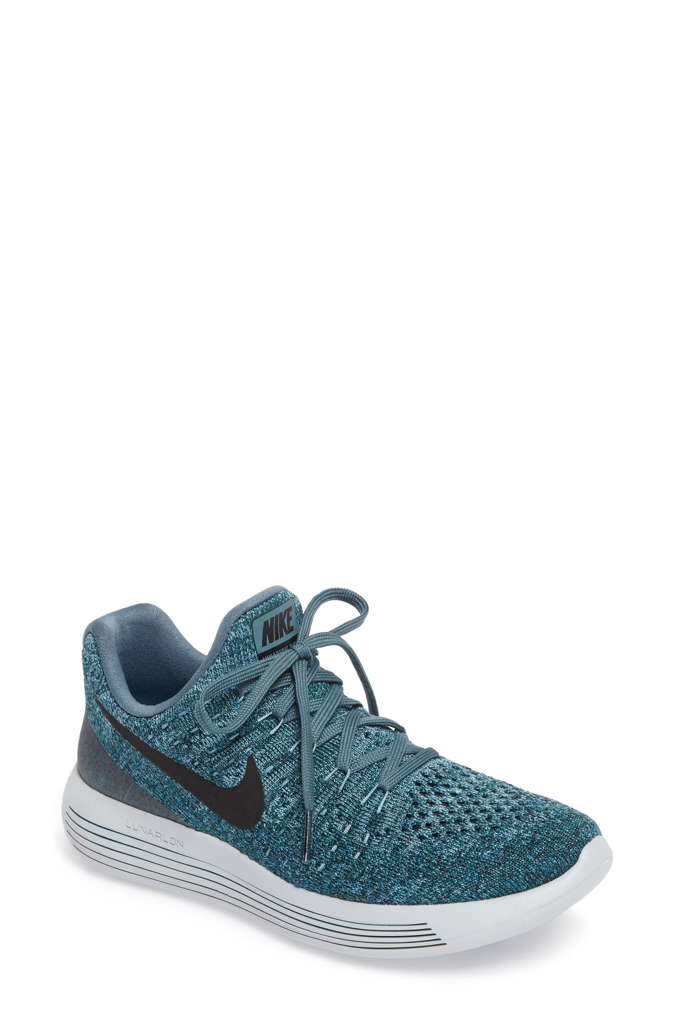Main Image - Nike LunarEpic Low Flyknit 2 Running Shoe (Women)