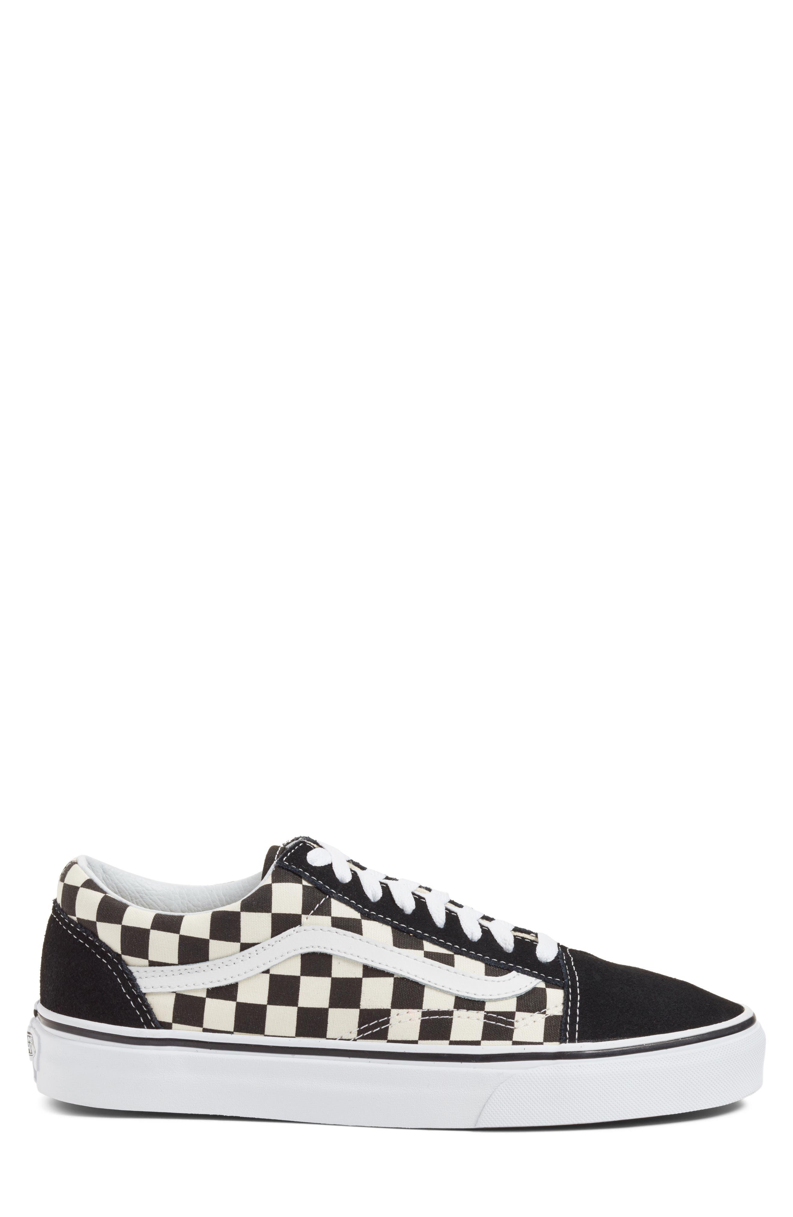Alternate Image 3  - Vans Old Skool Sneaker (Men)