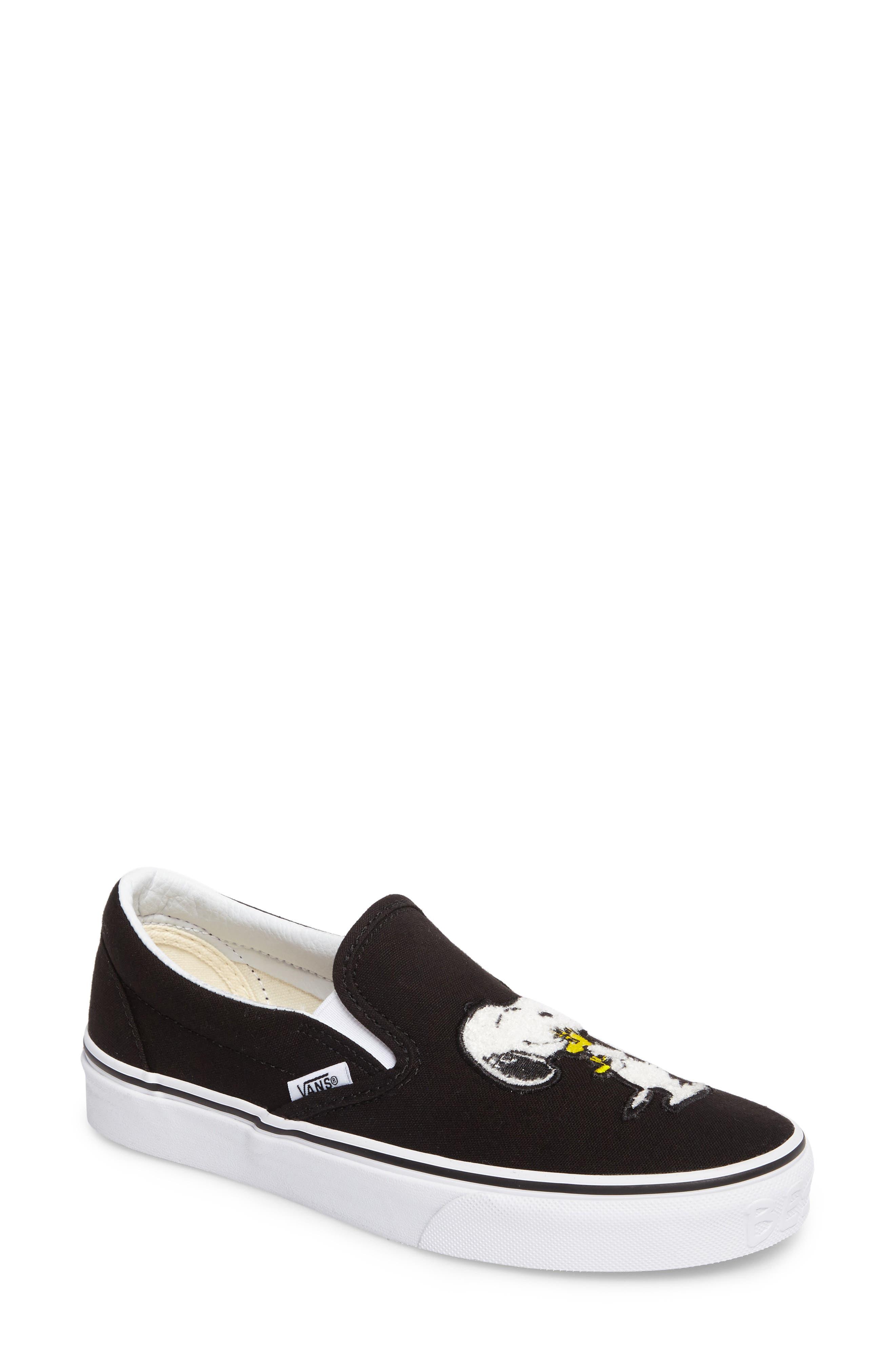 Vans x Peanuts Snoopy Kisses Slip-On Sneaker (Women)
