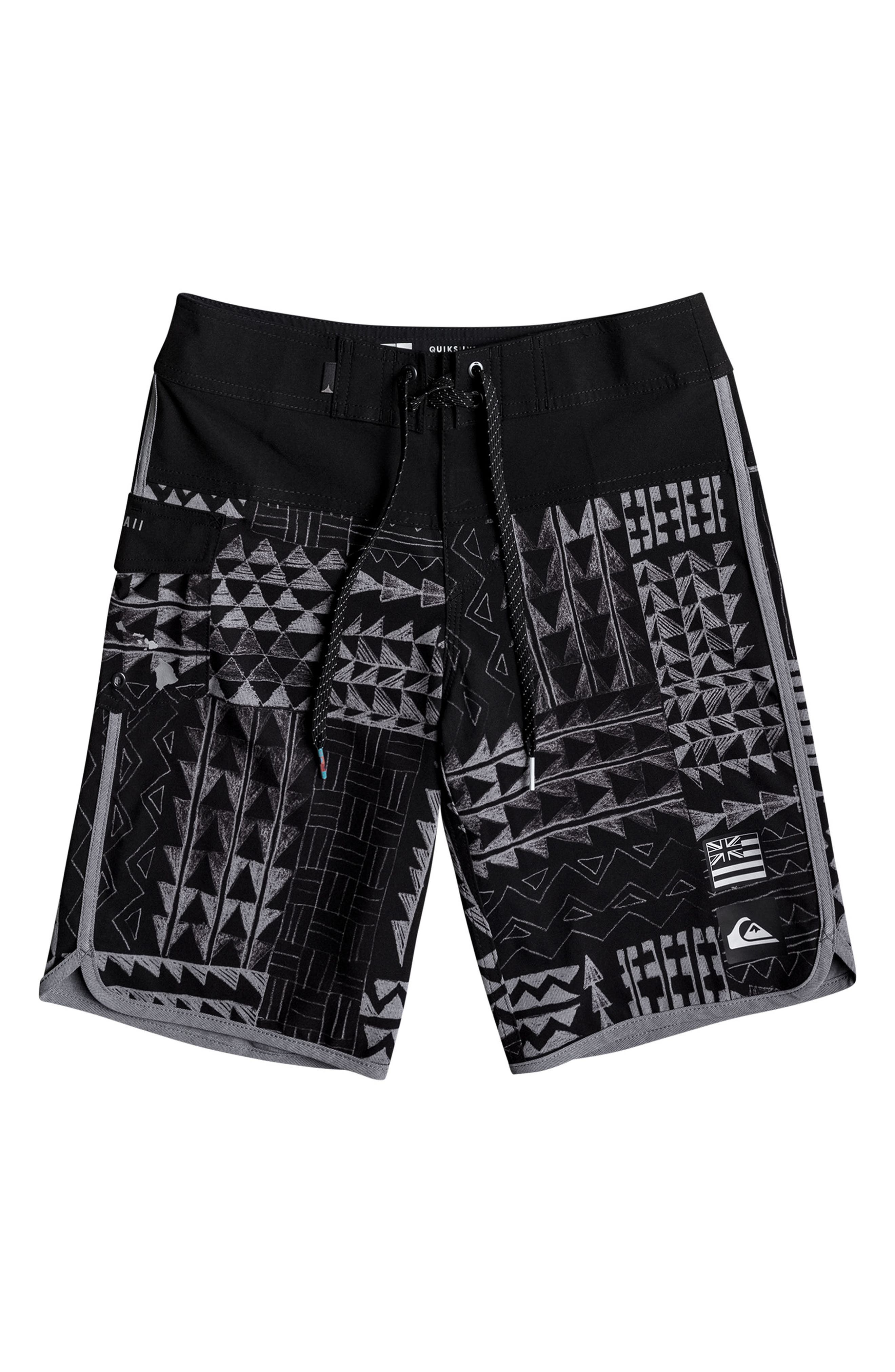 Alternate Image 1 Selected - Quiksilver Hawaii Scallop Board Shorts (Big Boys)