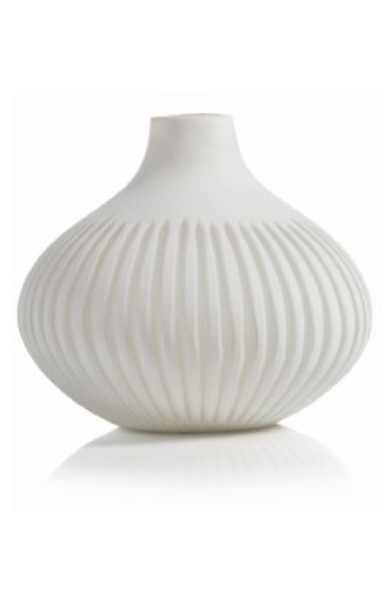 Sakana Vase,                             Main thumbnail 1, color,                             White