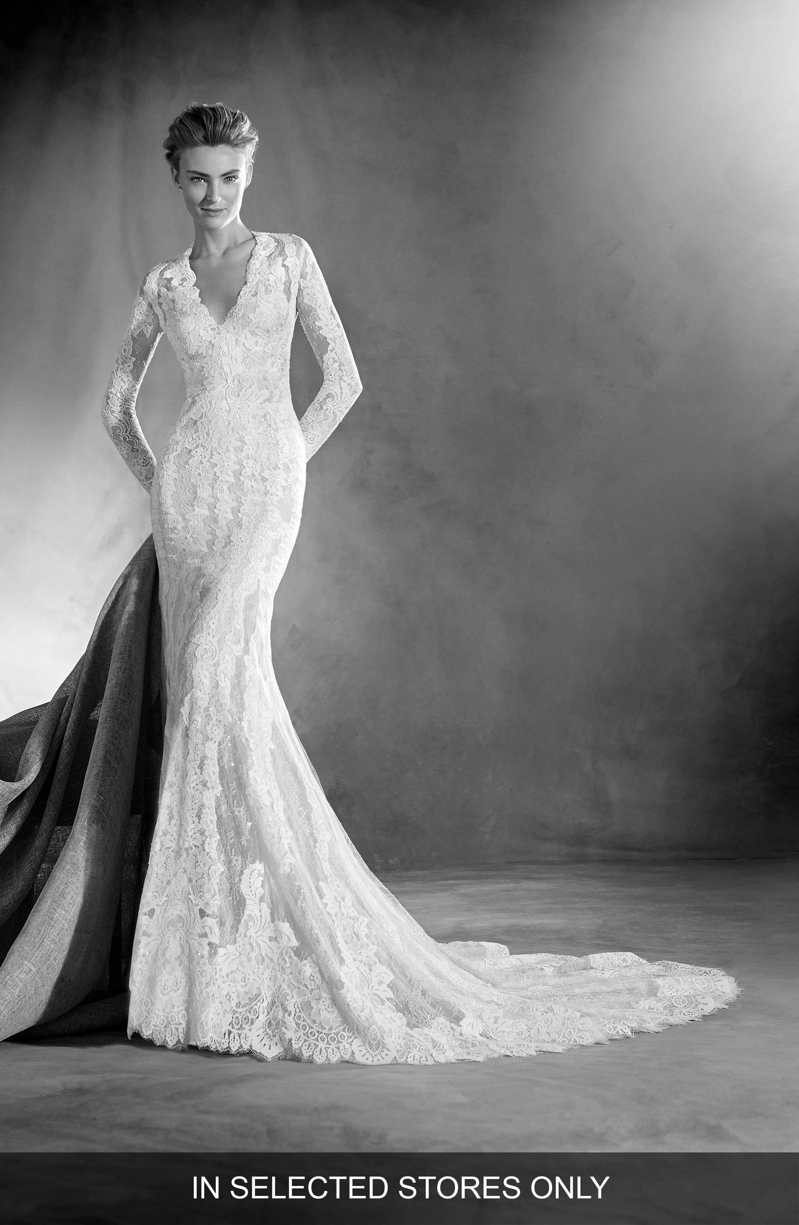 Elva Lace Mermaid Gown,                         Main,                         color, Off White