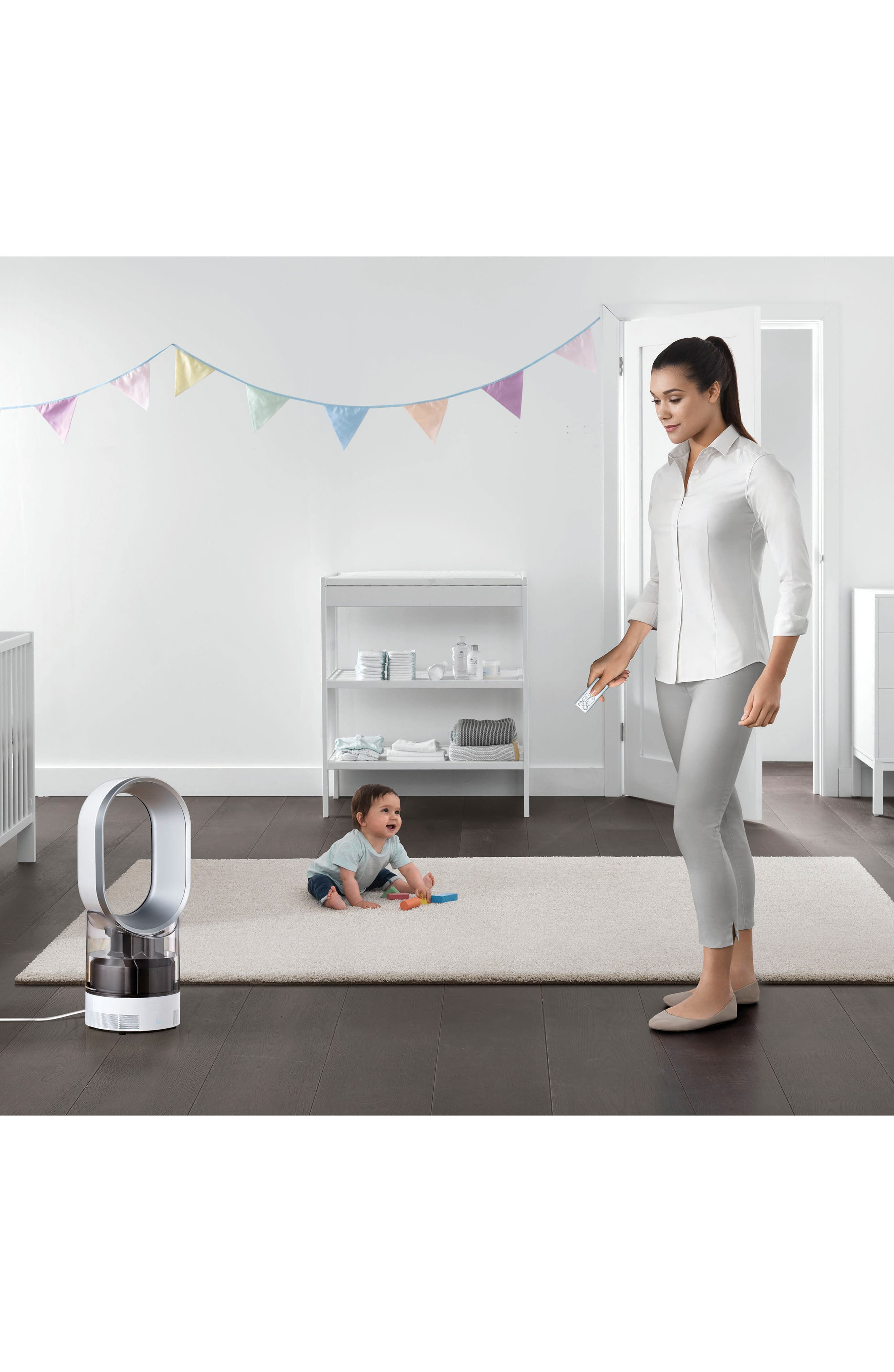 Alternate Image 2  - Dyson AM10 Hygienic Humidifier & Bladeless Fan